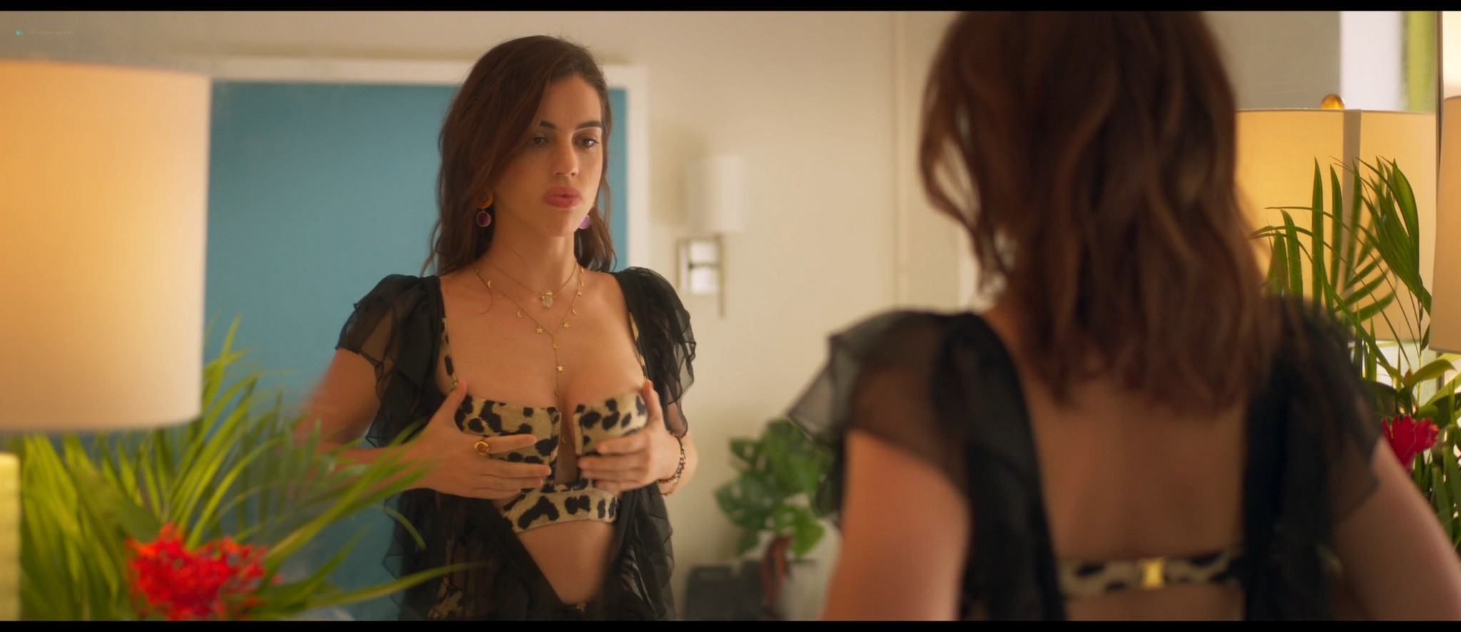 Olivia Culpo hot Adelaide Kane sexy others topless and hot - The Swing of Things (2020) HD 1080p Web (6)