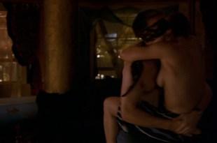 Samantha Morton nude side-boob and sex - In America (2002) HD 1080p Web (5)