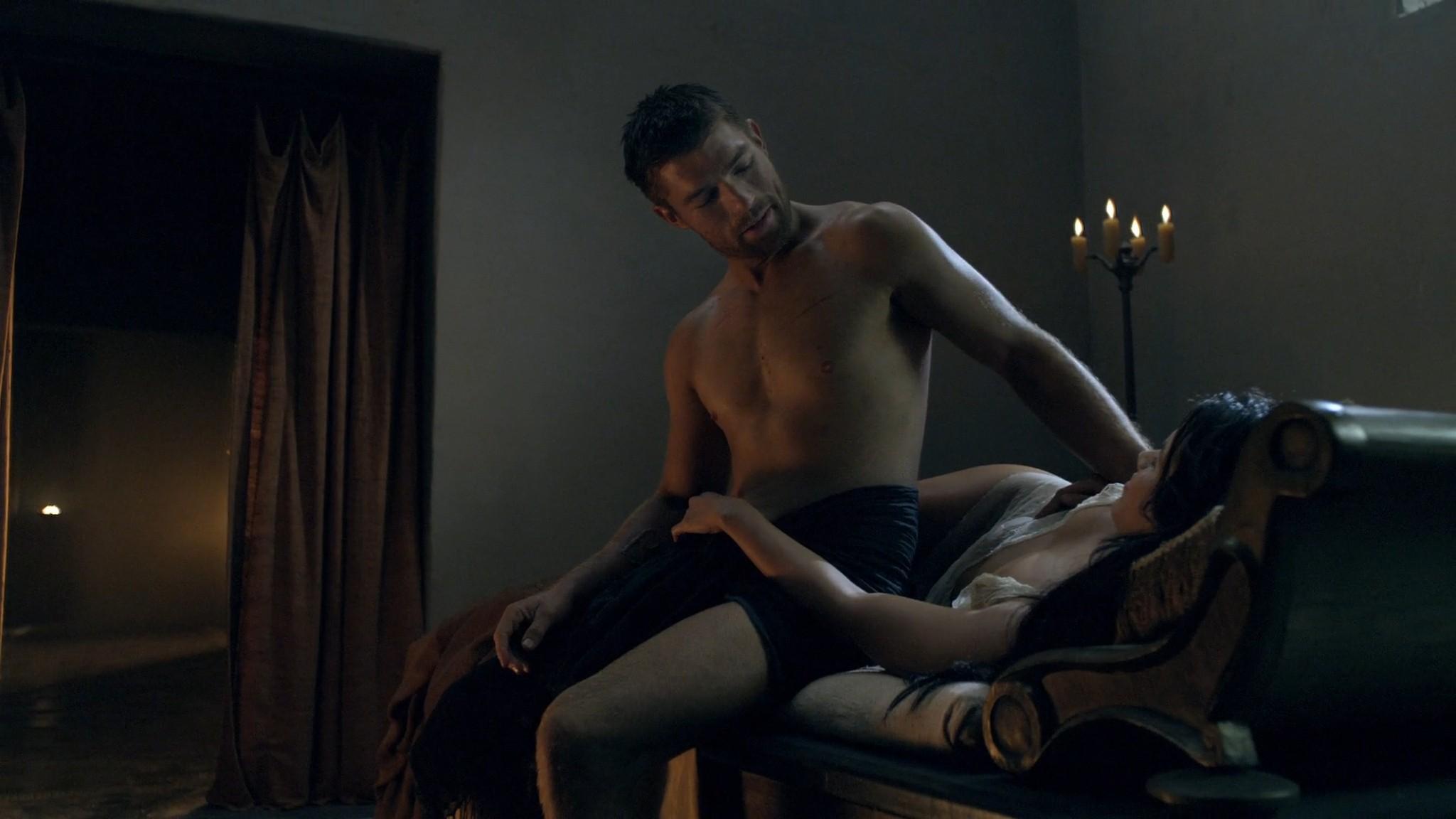 Viva Bianca nude Katrina Law, Bonnie Sveen all nude -Spartacus - Vengeance (2012) e2 1080p (6)
