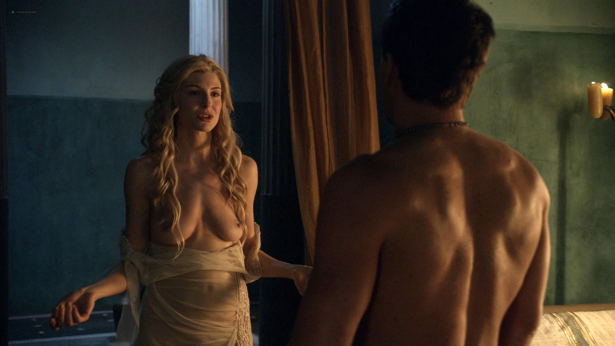 Viva Bianca nude topless Katrina Law, Bonnie Sveen, etc -Spartacus - Vengeance (2012) e3 1080p (14)