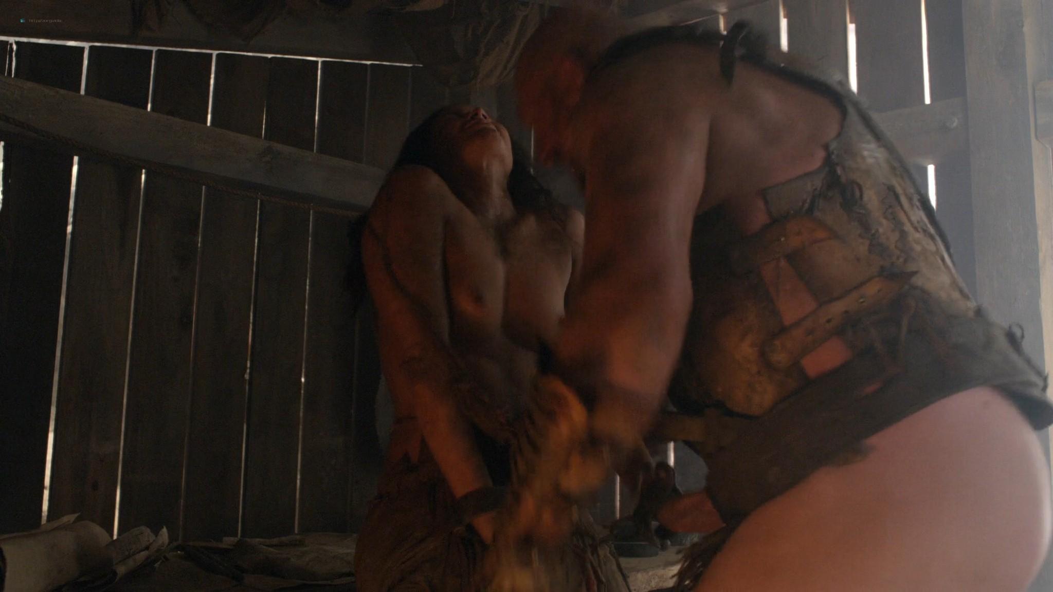 Viva Bianca nude topless Katrina Law, Bonnie Sveen, etc -Spartacus - Vengeance (2012) e3 1080p (5)