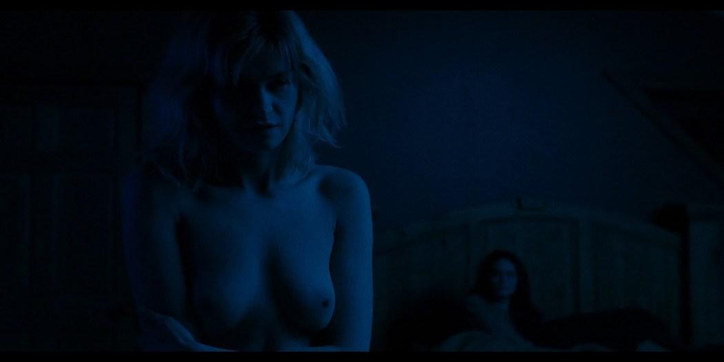 Anna Shields nude topless Rachel Finninger hot lesbian sex - Monstrous (2020) HD 1080p Web (6)