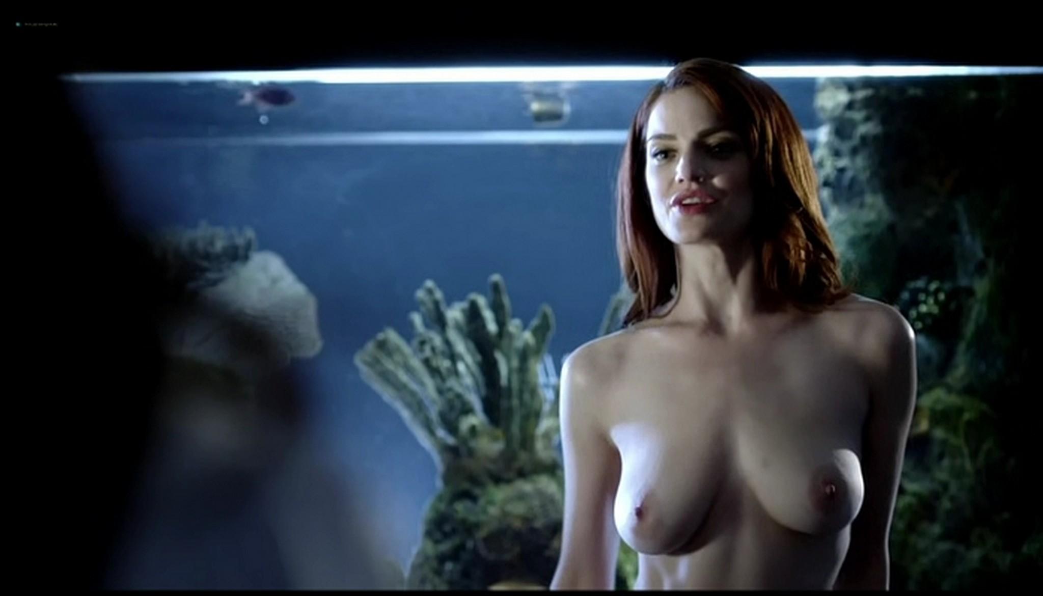 Diana Gettinger nude sex Moniqua Plante nude lesbian - Femme Fatales (2012) s2e2 - Gun Twisted (5)