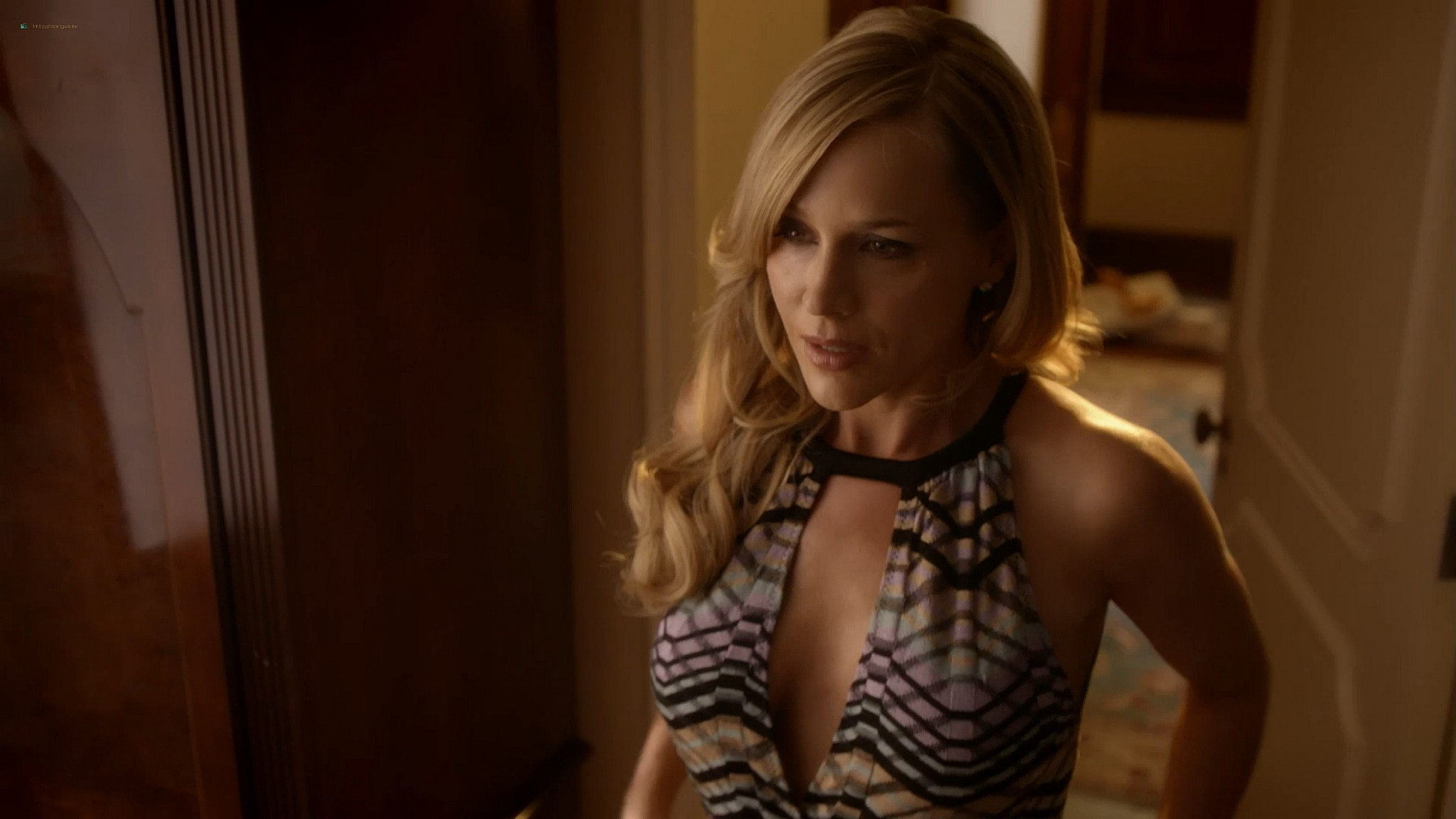 Julie Benz hot and sexy Teri Wyble, Kelly Overton sexy - Ricochet (2011) HD 1080p Web (10)