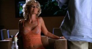 Kelly Carlson sexy and sex Rebecca Gayheart hot sex Nip Tuck 2004 s2e11 12 HD 1080p 002