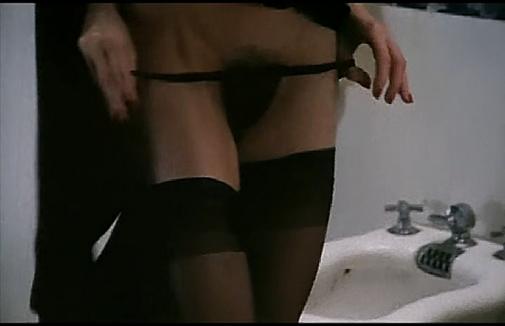 Marcela Walerstein nude Vibbe Haugaard and other nude lot of sex Emmanuelles Love 1993 TVrip 004