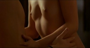 Marta Etura nude topless and sex in - Frio sol de invierno (2004)