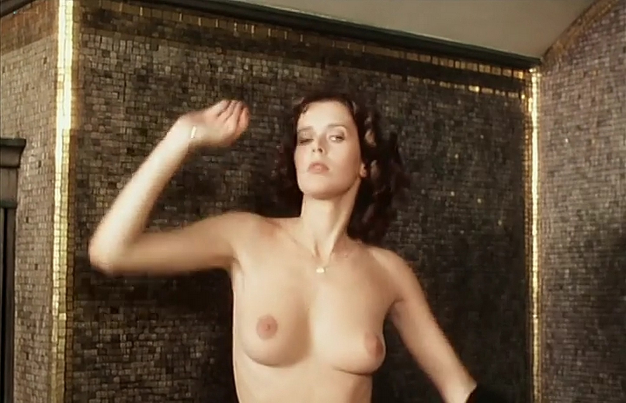 Sylvia Kristel nude full frontal and nude topless Alice ou la derniere fugue 1977 004