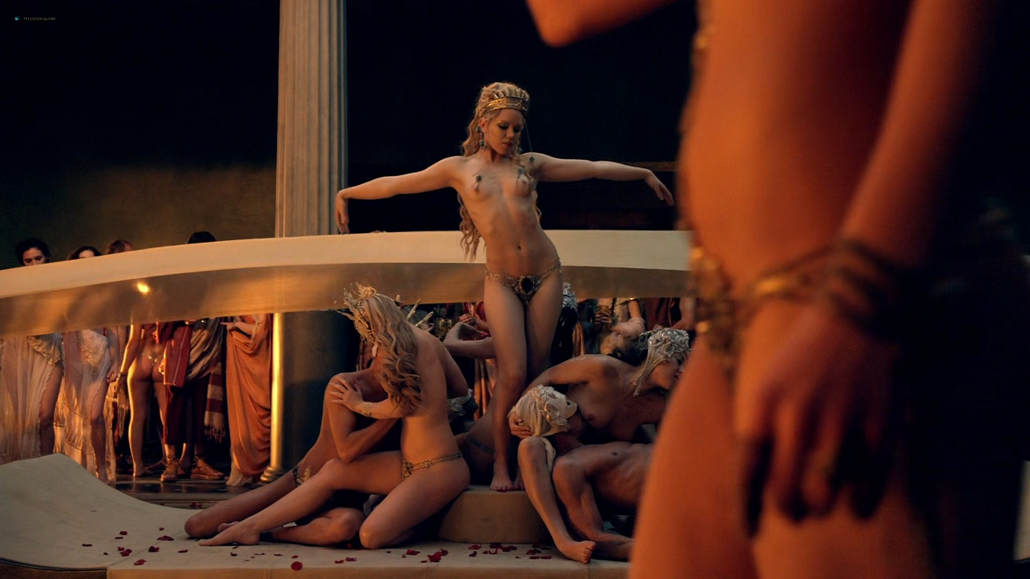 Viva Bianca nude Lucy Lawless nude sex others nude - Spartacus - Vengeance (2012) e4 1080p BluRay (14)