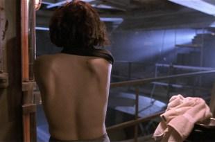 Jennifer Rubin hot and sexy Screamers 1995 HD 1080p BluRay 004