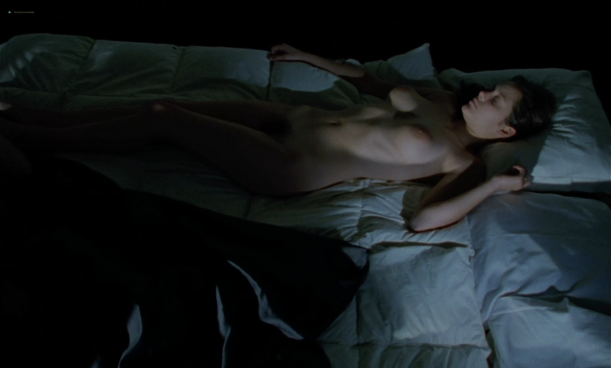 Marion Cotillard nude full frontal and sex Chloe FR 1996 HD 1080p BluRay 006