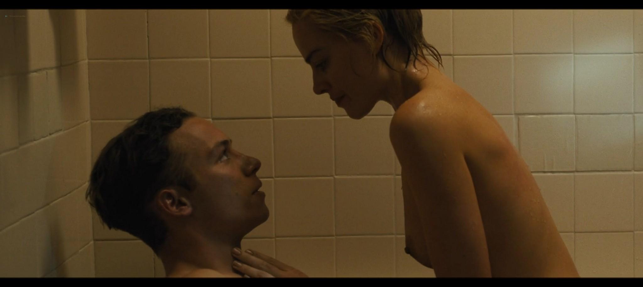Margot Robbie nude topless Dreamland 2020 HD 1080p Web014