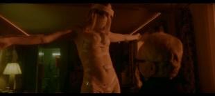 Alexandra Daddario hot and sexy butt - Songbird (2020) UHD 2160/1080p Web