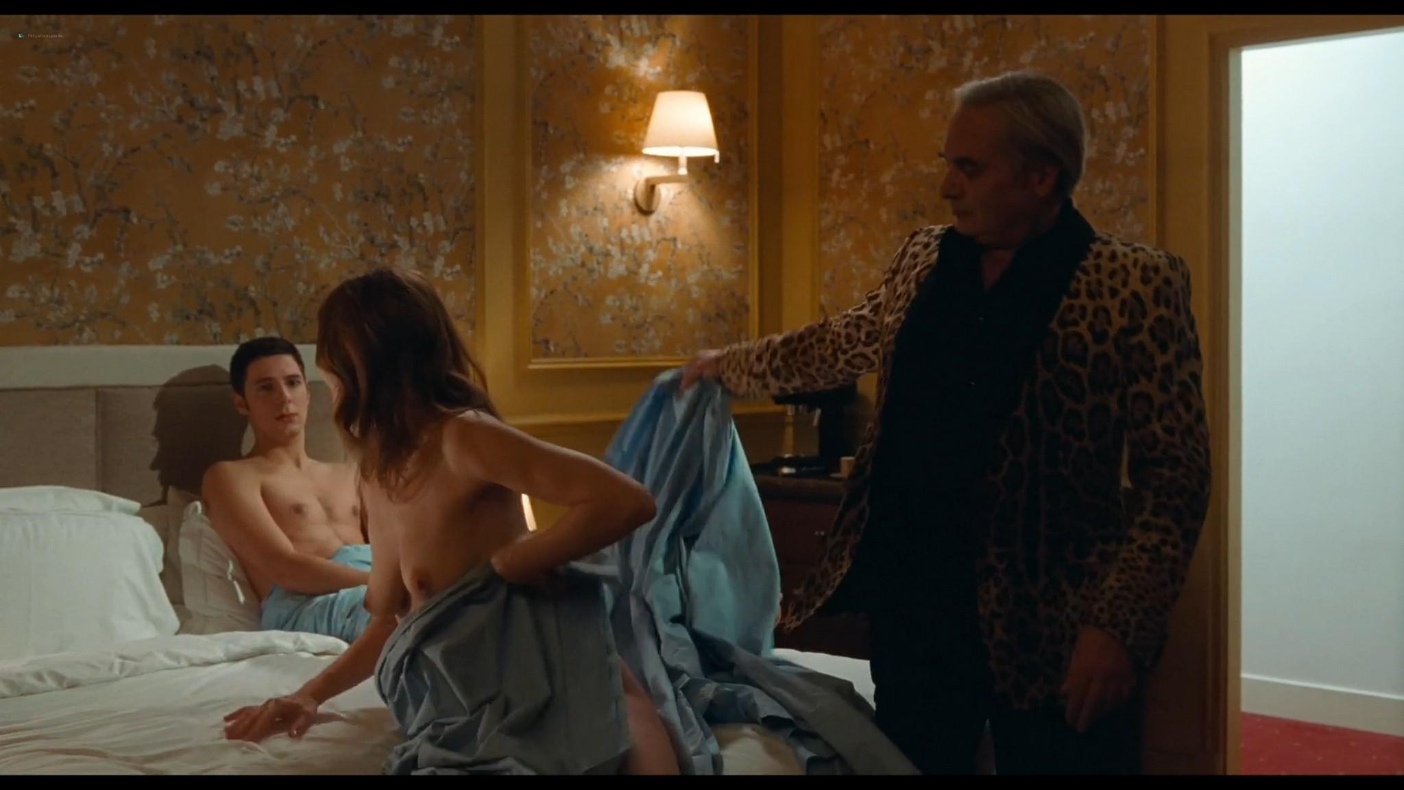 Chiara Mastroianni nude and sex Chambre 212 FR 2019 HD 1080p Web 09