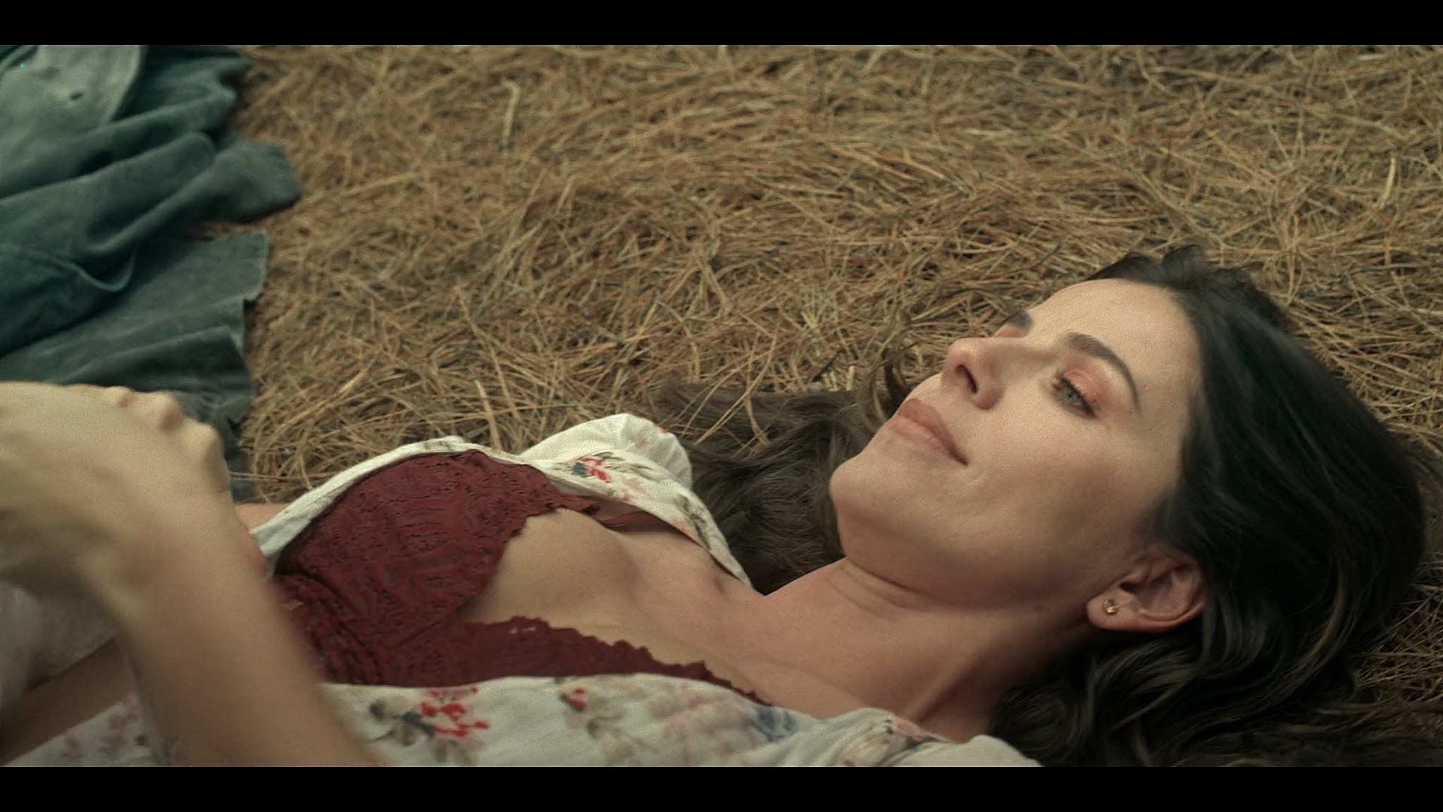 Maite Perroni nude sex Maria Fernanda Yepes Regina Pavon hot sex Dark Desire 2020 s1e1 2 HD 1080p Web 16