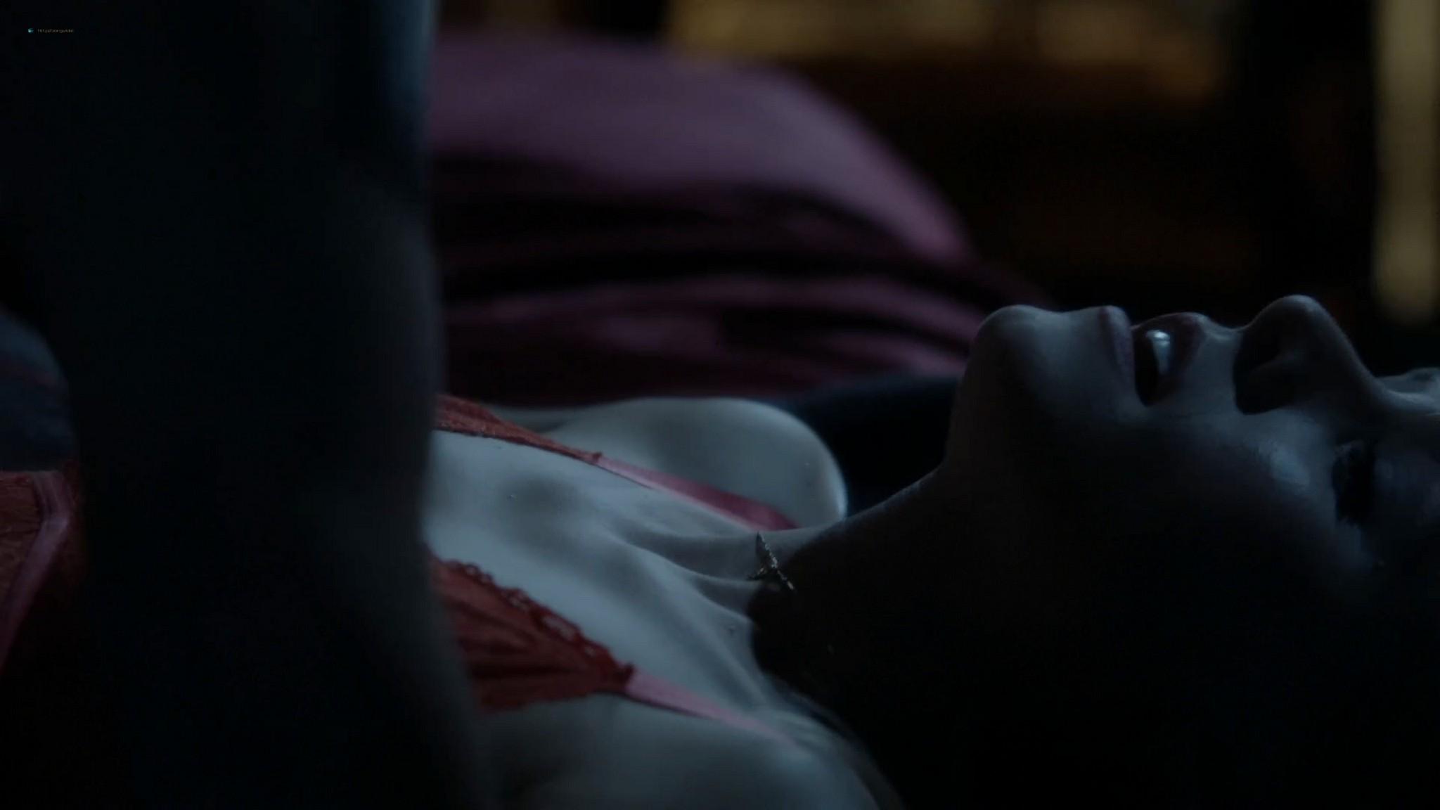 Anna Wood nude sex Kristen Bell hot House of Lies 2012 s1e8 12 1080p Web 7