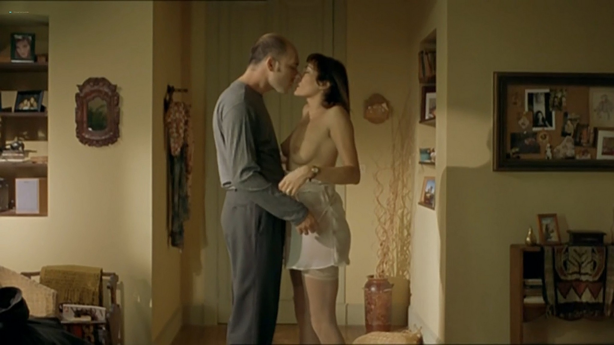 Ariadna Gil nude sex Sandra Ballesteros and other nude and sex El lado oscuro del corazon 2 AR 2001 720p 9