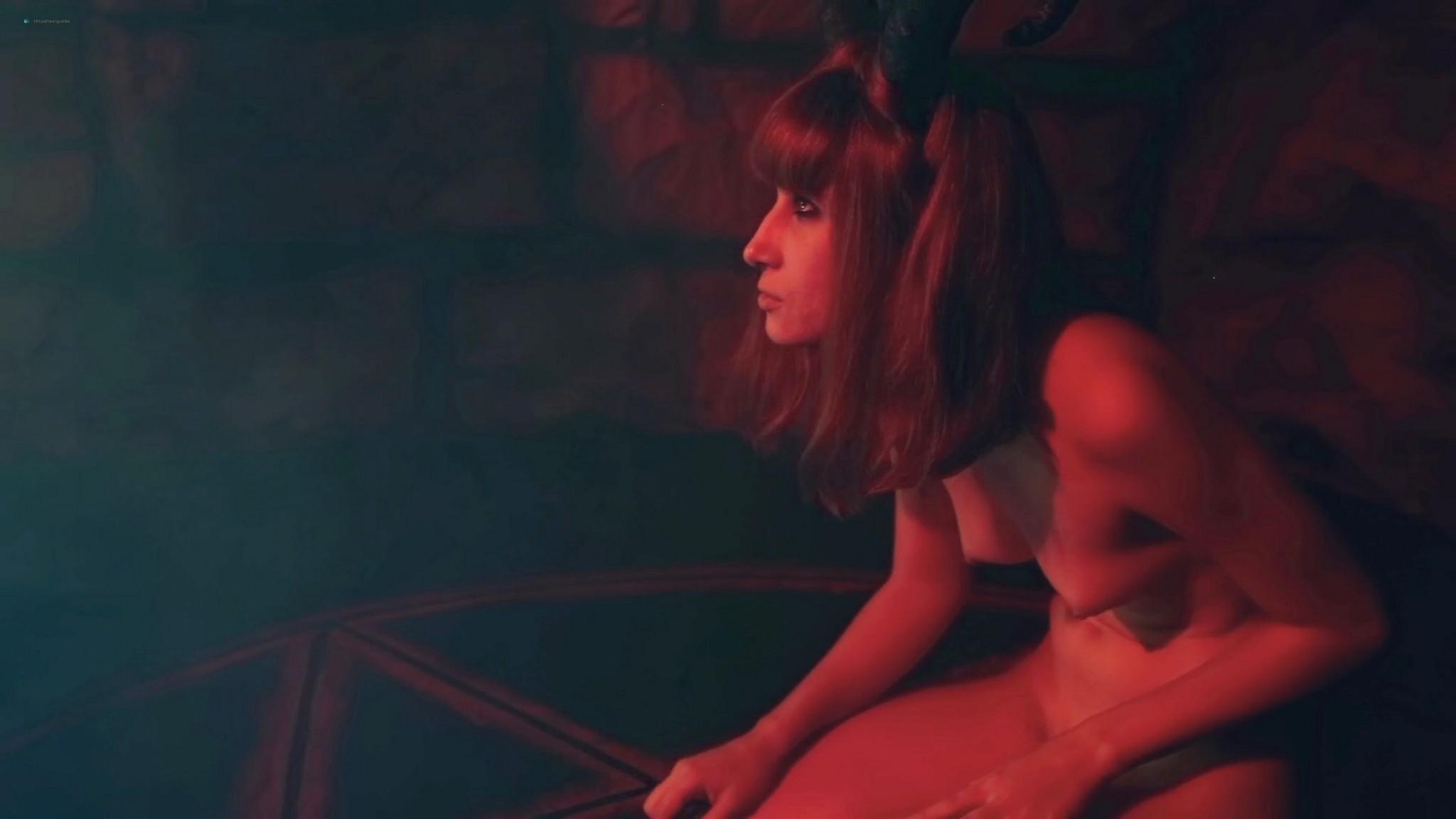Larissa Anzoategui nude full frontal Nathalia Borioli and others nude Domina Nocturna BR 2021 1080p Web 3