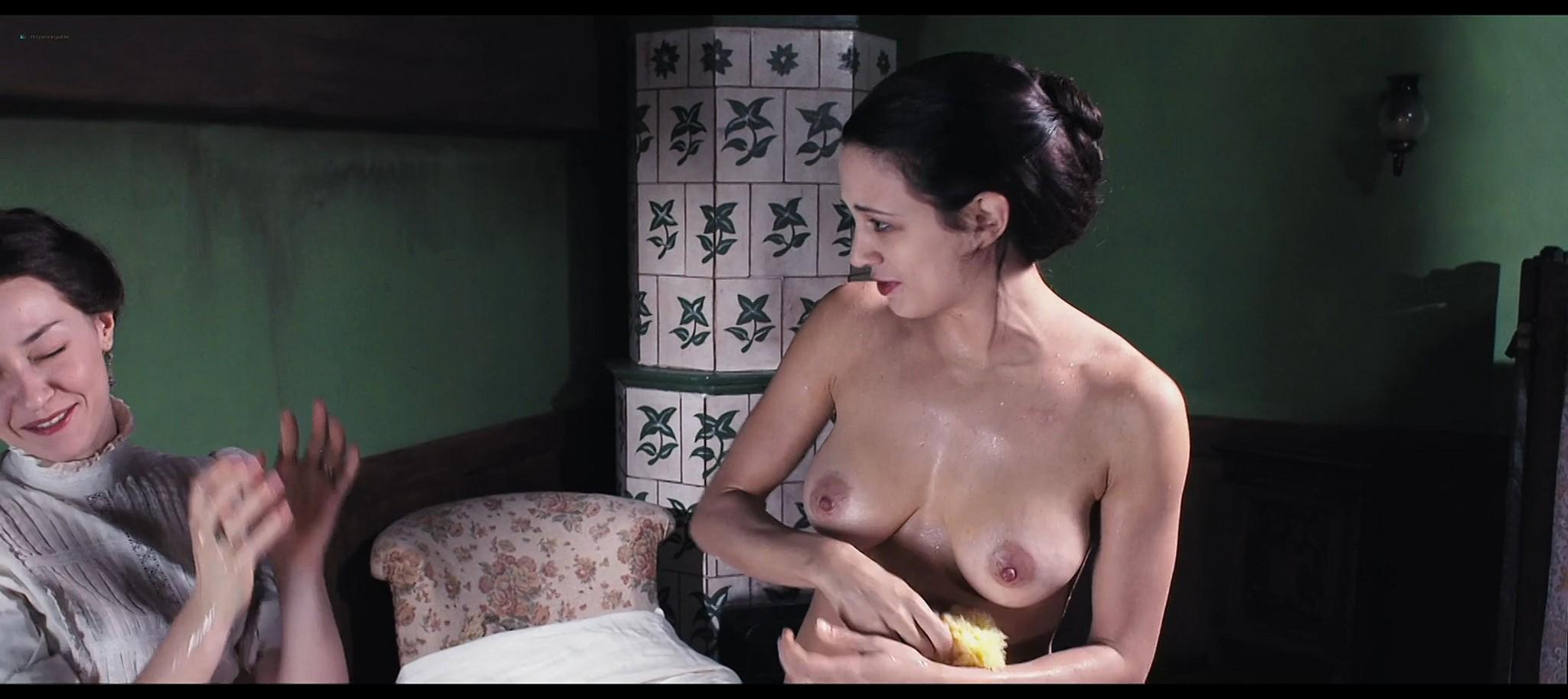 Asia Argento nude and Miriam Giovanelli nude in Darios Argento Dracula 3d 2012 HD 1080p BluRay 11