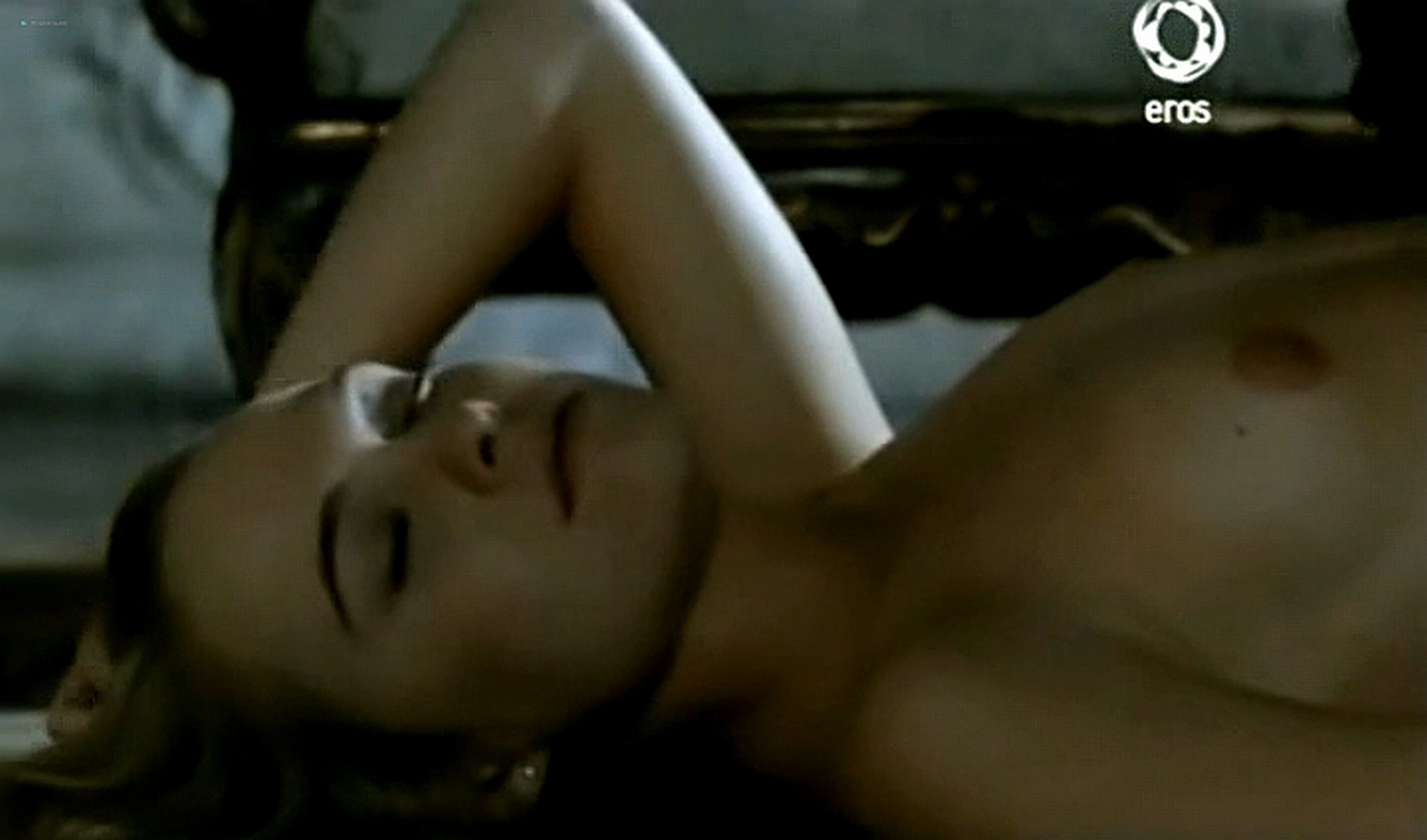 Josie Bissett nude and lot of hot sex Desire IT 1990 TVrip 8