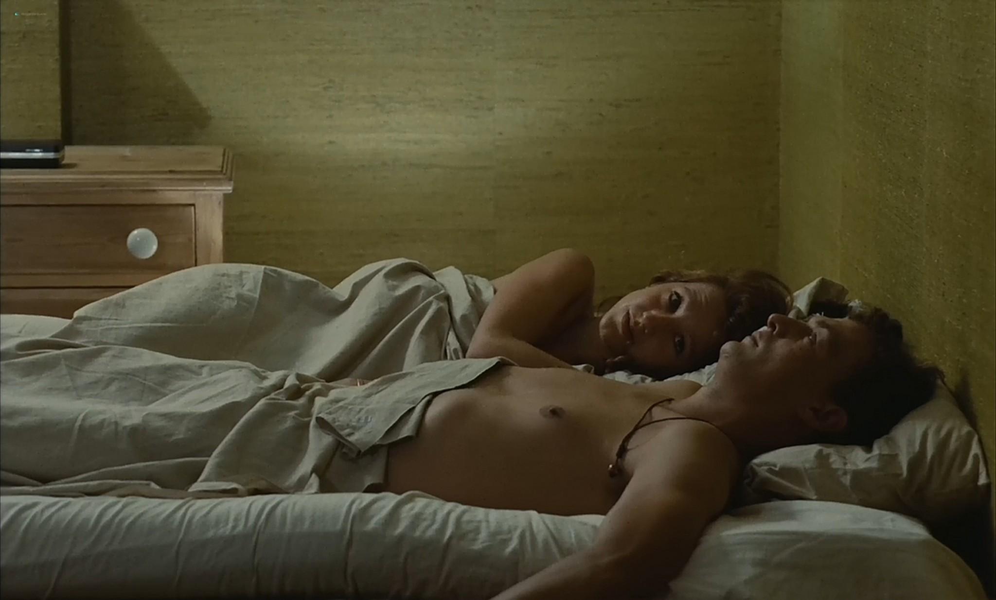 Nathalie Baye nude Marie Blanche Dehaux full frontal etc La gueule ouverte FR 1974 720p 12