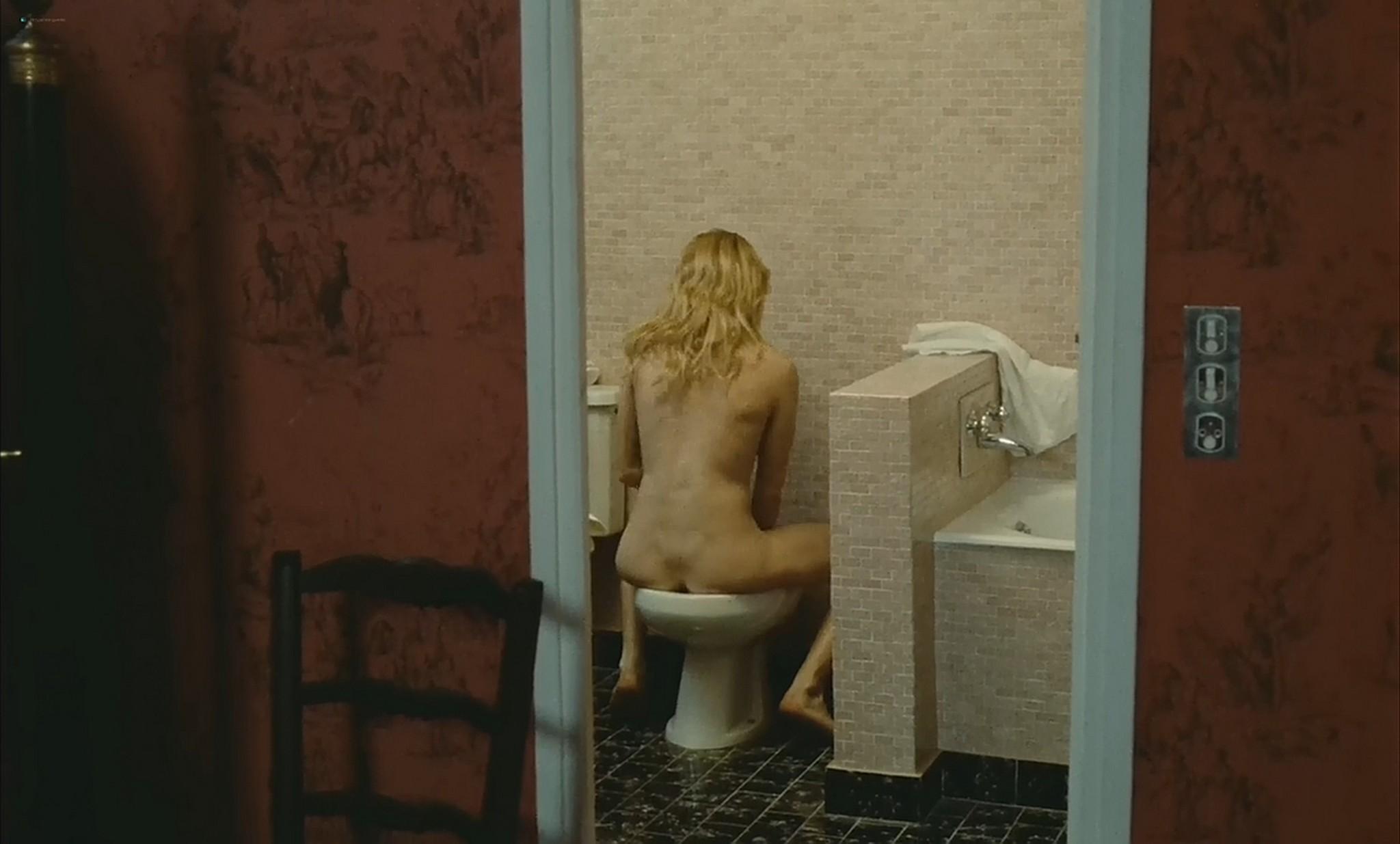 Nathalie Baye nude Marie Blanche Dehaux full frontal etc La gueule ouverte FR 1974 720p 6