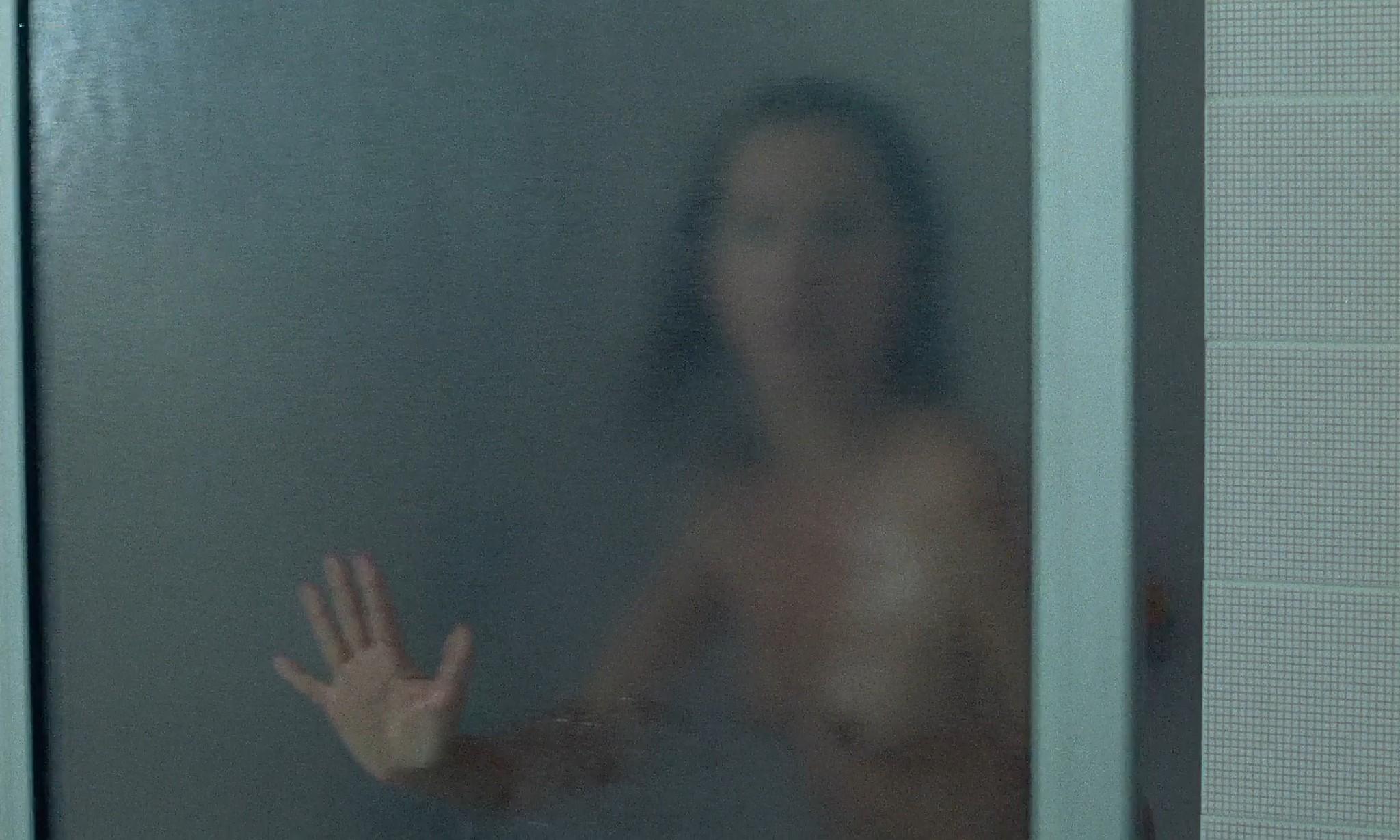 Nathalie Baye nude in the shower En toute innocence FR 1988 1080p BluRay 12