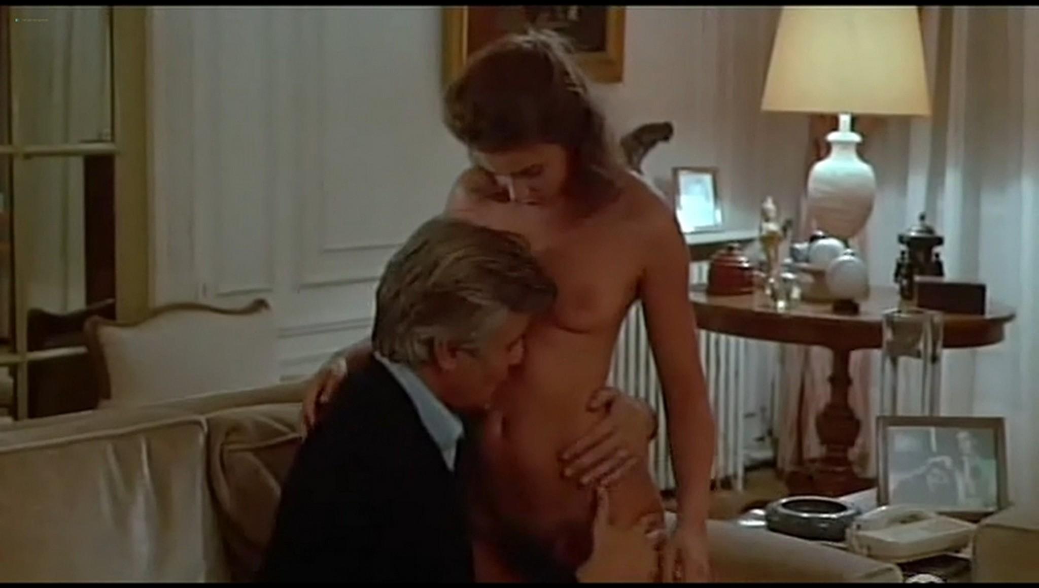Nackt Valerie Vezzo  How to
