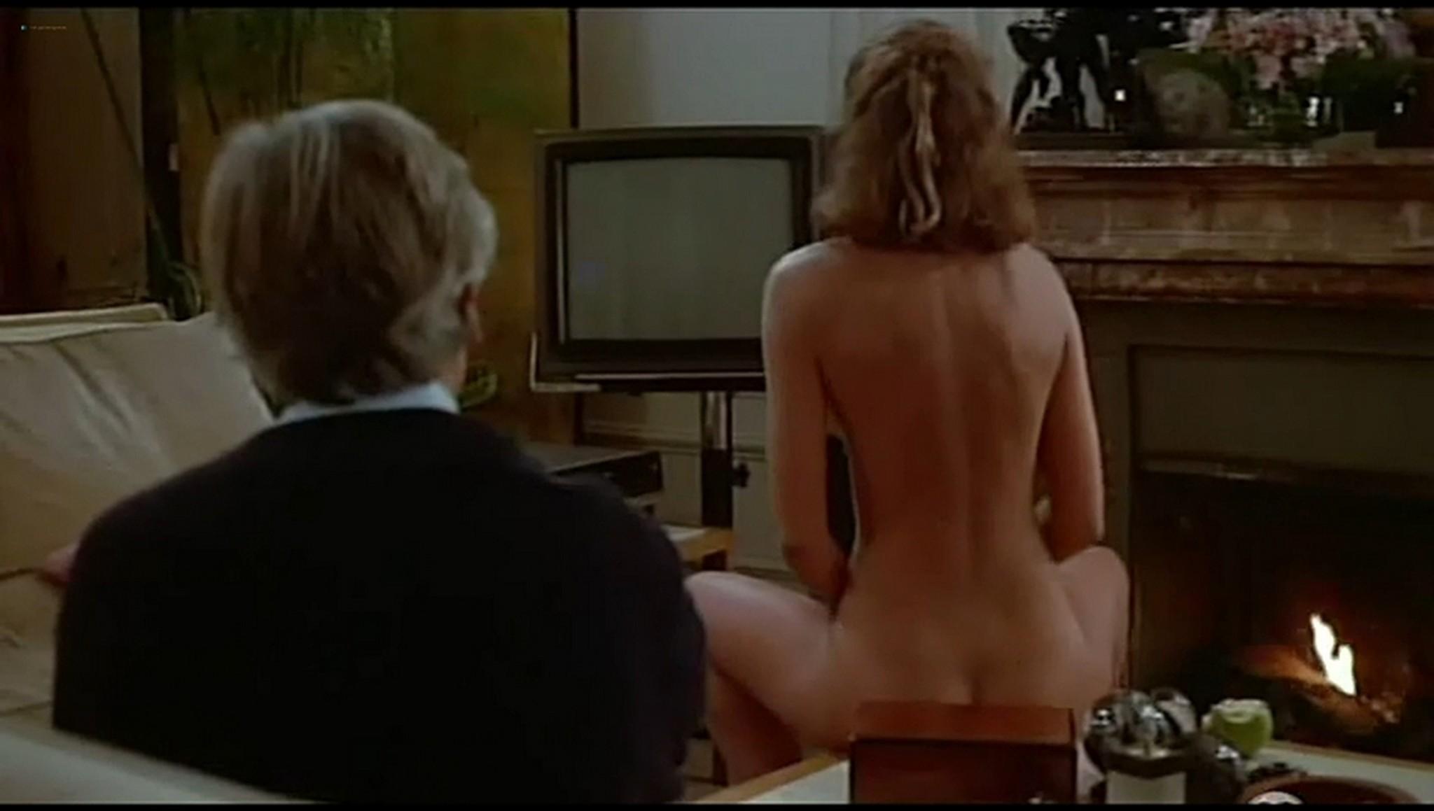 Valerie Kaprisky nude full frontal Caroline Cellier and others nude L annee des meduses 1984 6