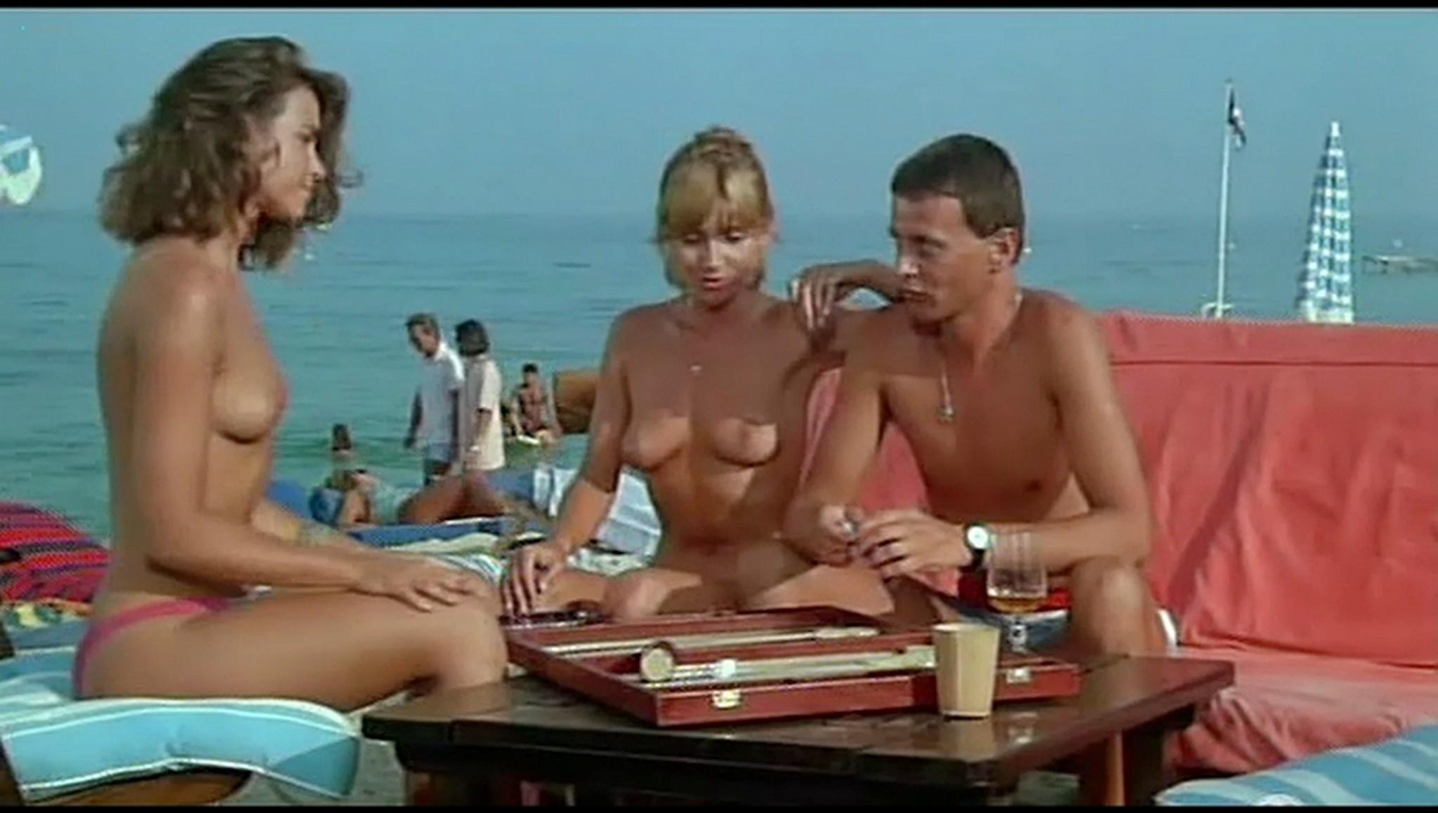 Valerie Kaprisky nude full frontal Caroline Cellier and others nude L annee des meduses 1984 8