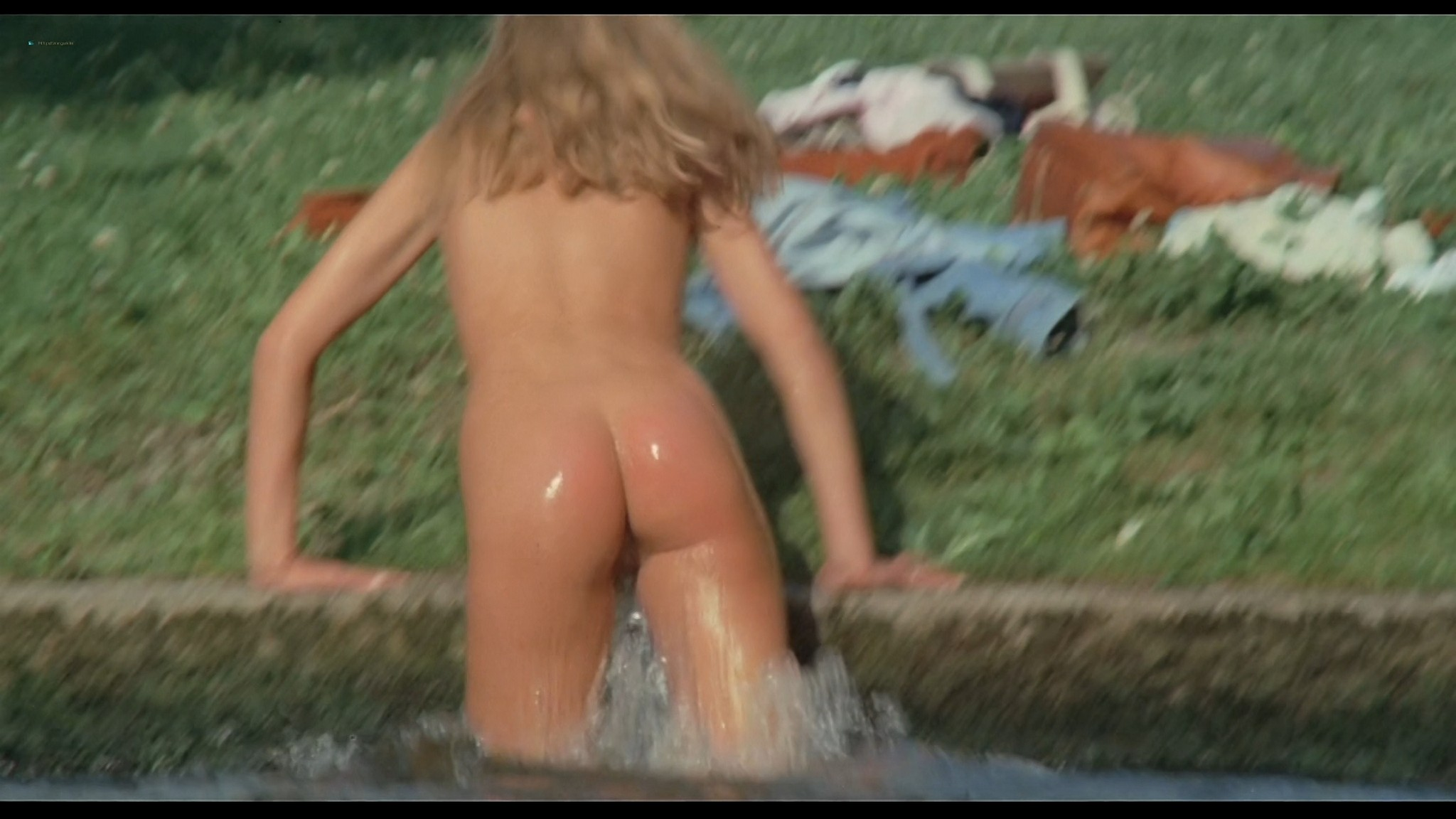 Desiree Nosbusch nude full frontal and mild sex Der Fan DE 1982 1080p BluRay REMUX 2