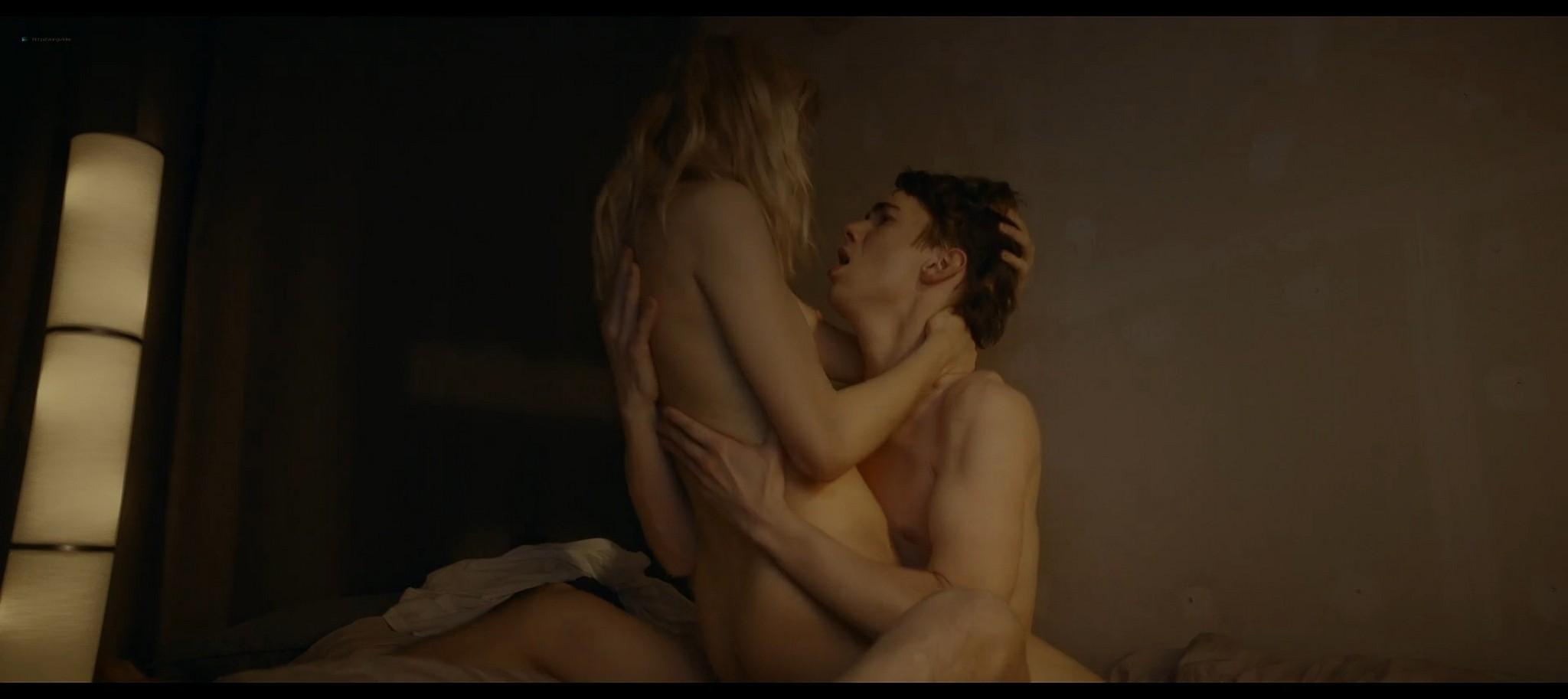 Lena Tronina nude and hot sex Happy End RU 2021 S1e3 4 1080p Web 13