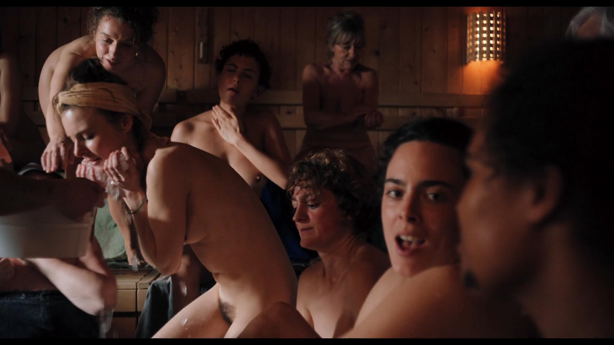 Antonia Bill nude full frontal Amanda da Gloria Helene Blechinger and others nude too Hitzig Ein Saunagang DE 2021 1080p 10