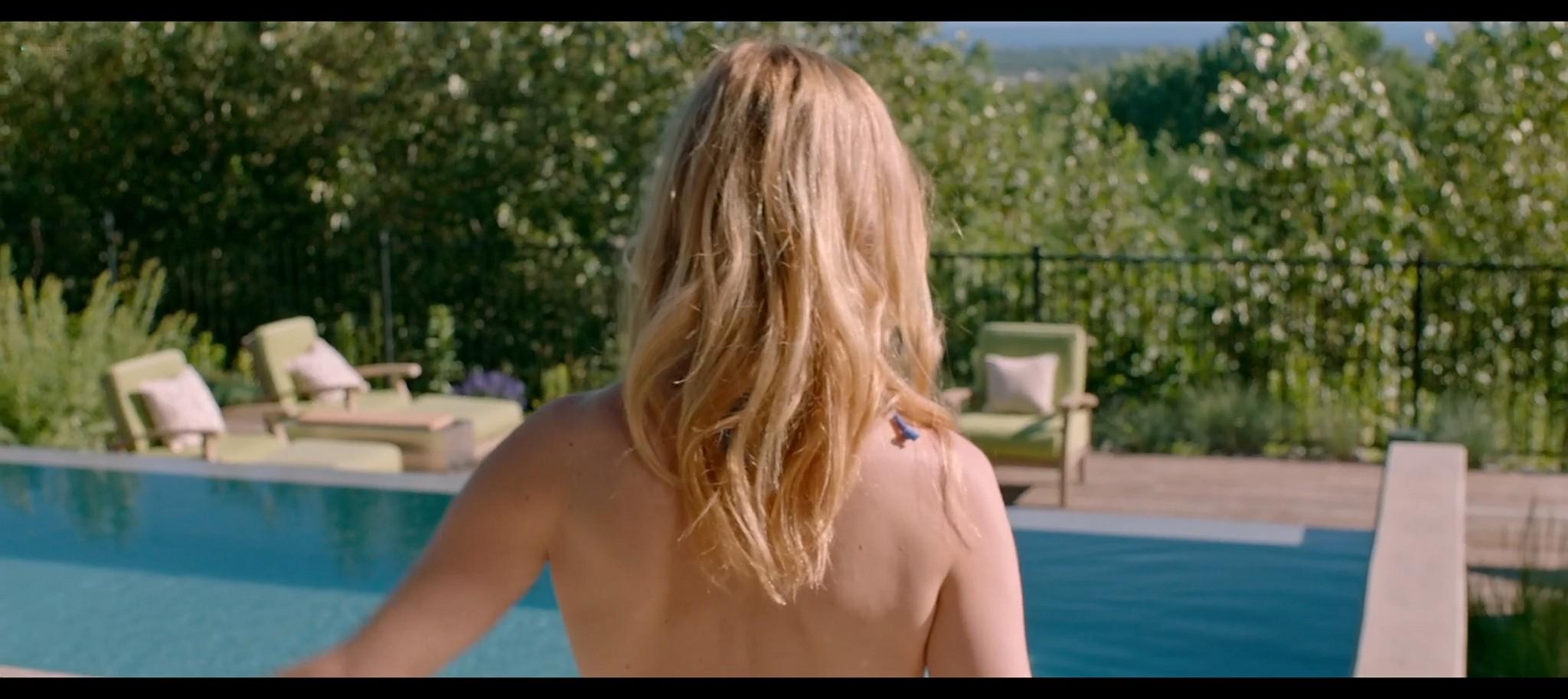 Heather Graham sexy Sophie Nelisse Jodi Balfour hot The Rest of Us 2019 1080p WEB 10