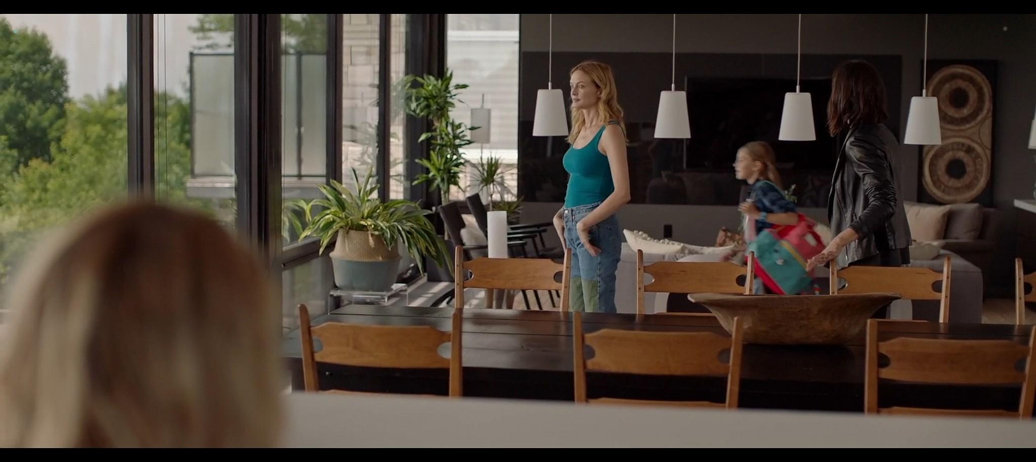 Heather Graham sexy Sophie Nelisse Jodi Balfour hot The Rest of Us 2019 1080p WEB 7