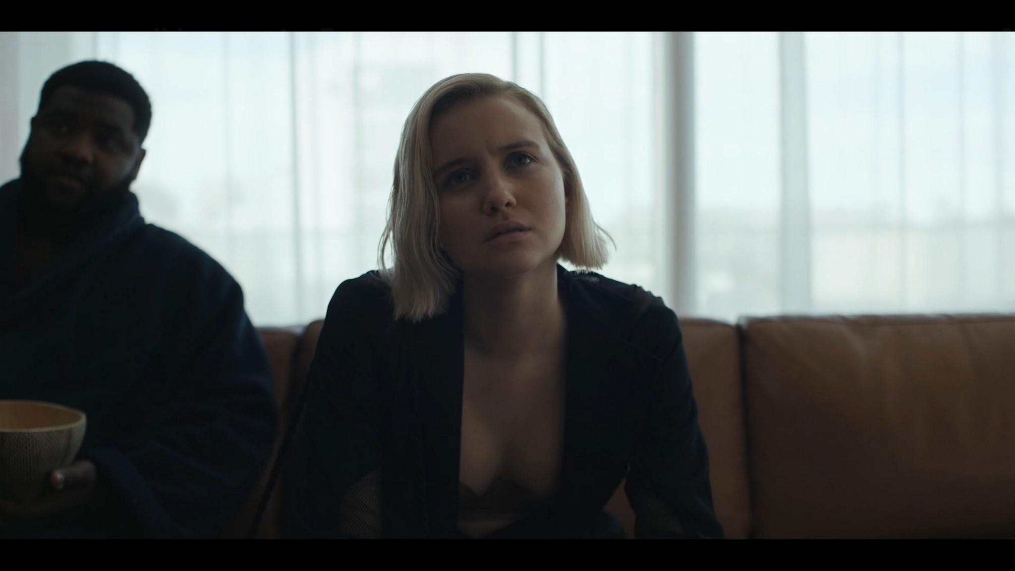 Julia Goldani Telles hot and sex The Girlfriend Experience 2021 s3e4 1080p Web 6
