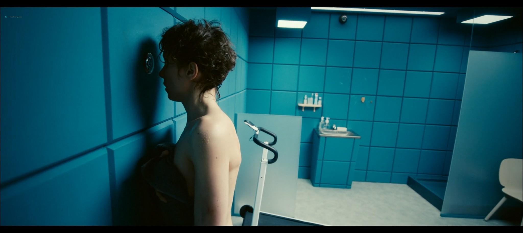 Julia Kijowska nude in the shower Fisheye PL 2020 1080p Web 6