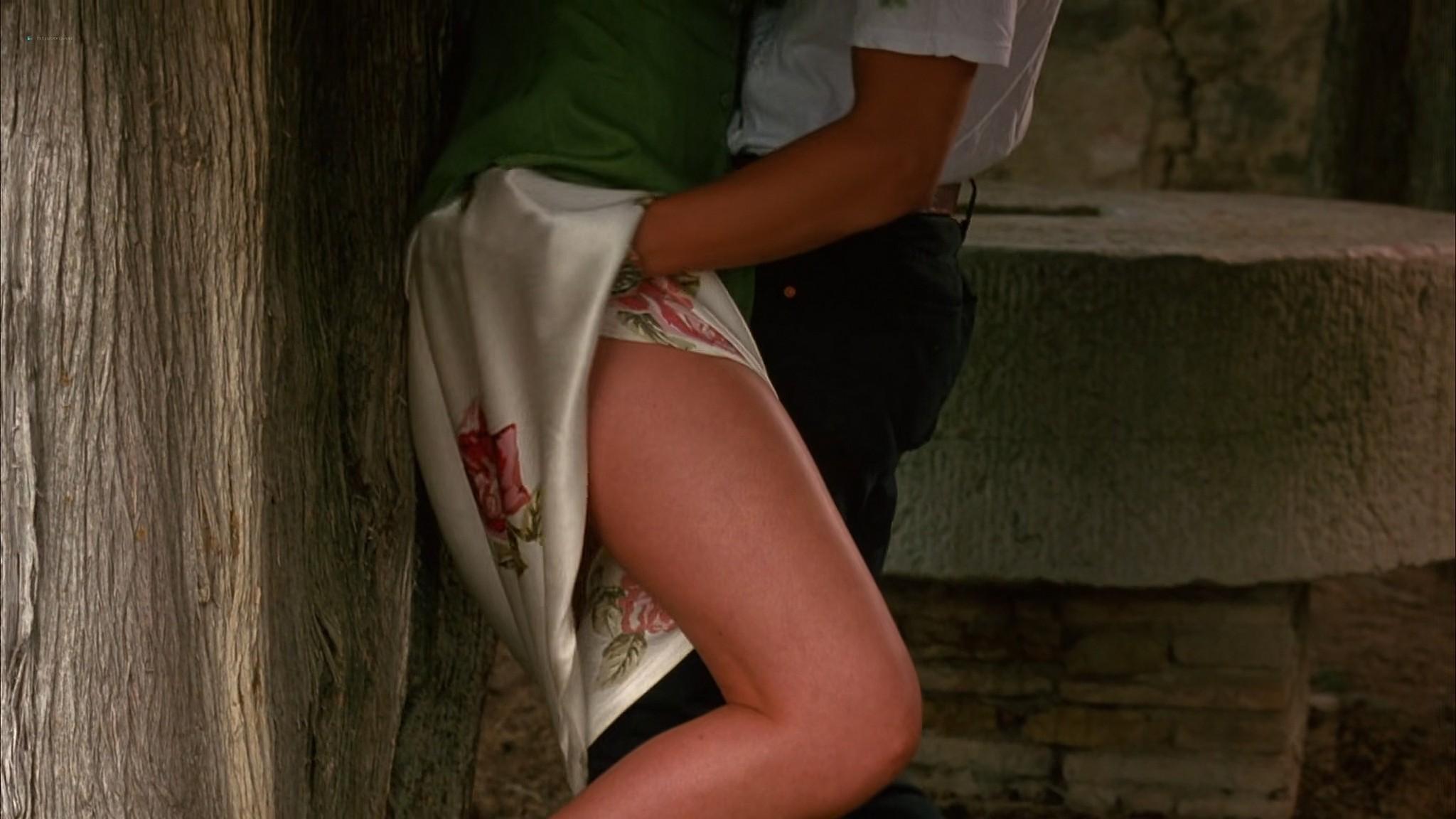 Liv Tyler nude Rachel Weisz Sinead Cusack nude and hot Stealing Beauty 1996 1080p Web 11