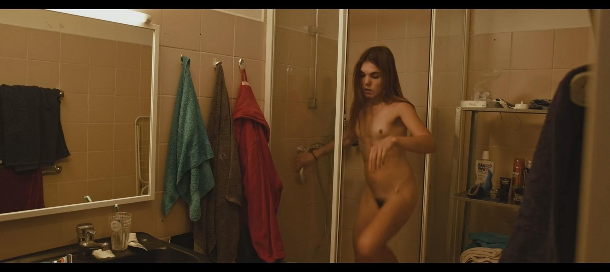 Nelida Martinez nude full frontal Morgenmensch DE 2016 1080p 10
