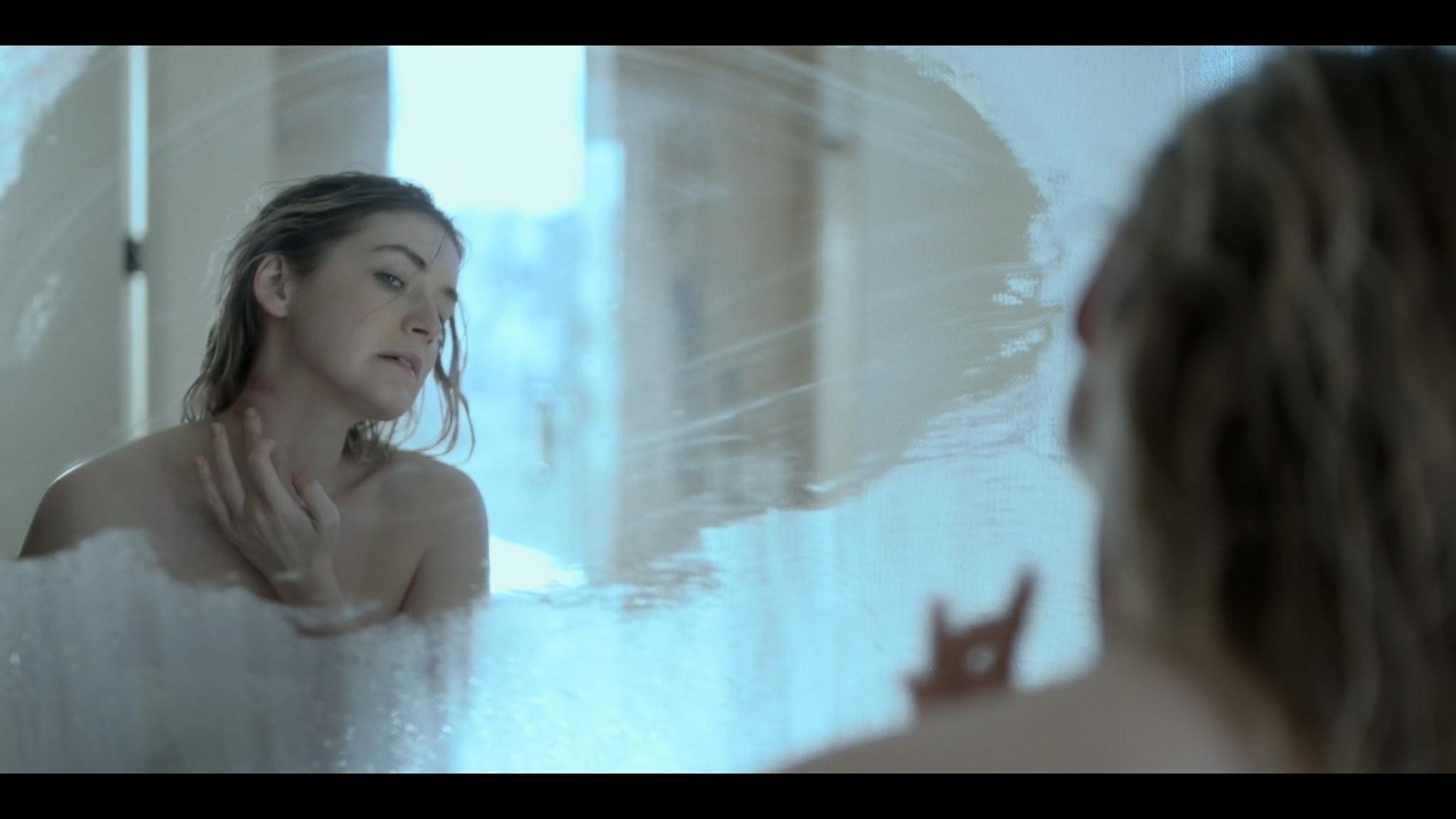 Sarah Bolger nude butt naked Mayans MC 2021 s3e9 1080p 3