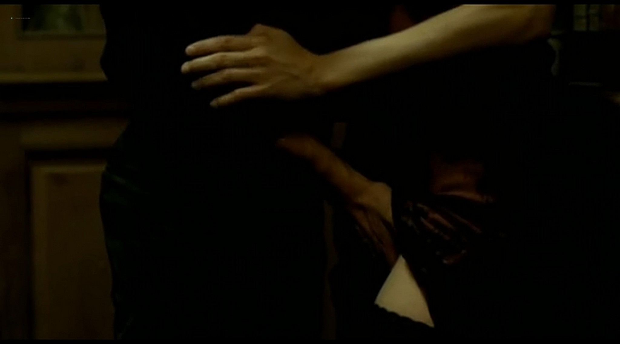 Alice Taglioni nude topless and hot sex Grande ecole FR 2004 DVDRip 13