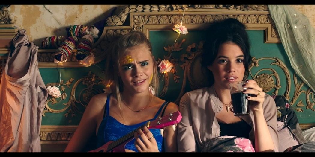 Alma Jodorowsky nude brief topless and Cara Delevingne cute Kids in Love 2016 HD 1080p BluRay 5