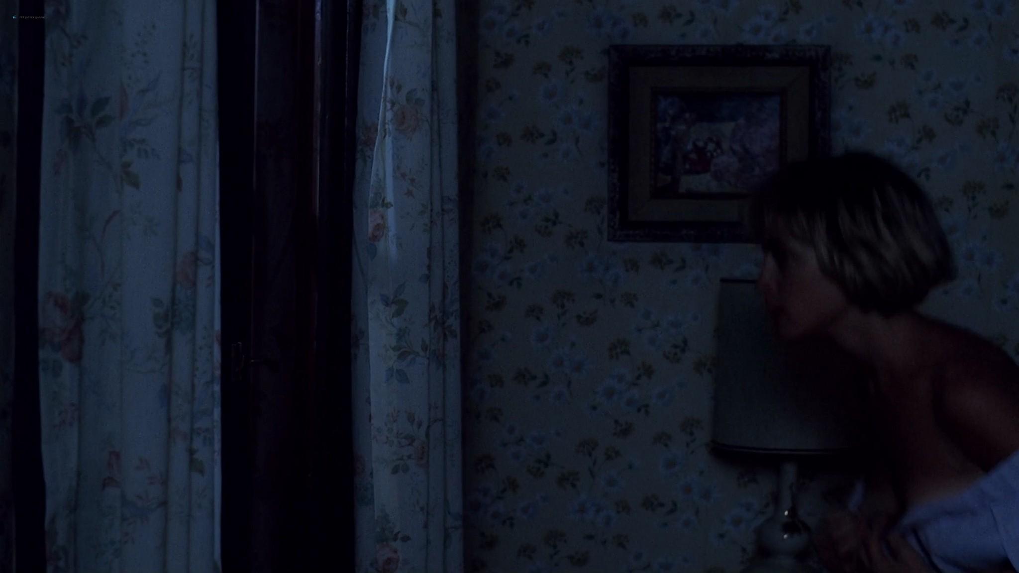 Heather Langenkamp sexy Amanda Wyss hot A Nightmare on Elm Street 1984 1080p BluRay 2