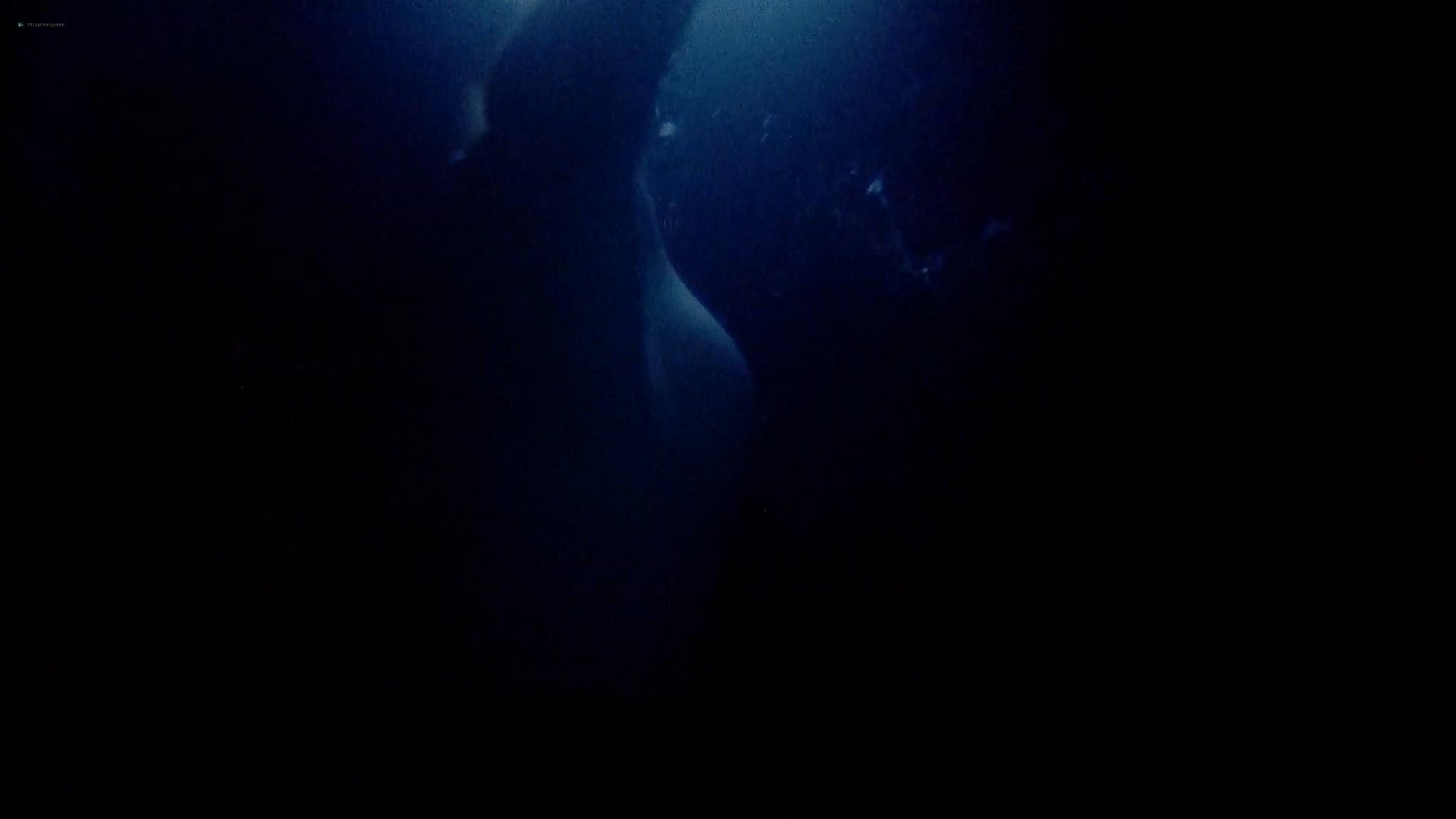 Heather Langenkamp sexy Amanda Wyss hot A Nightmare on Elm Street 1984 1080p BluRay 6