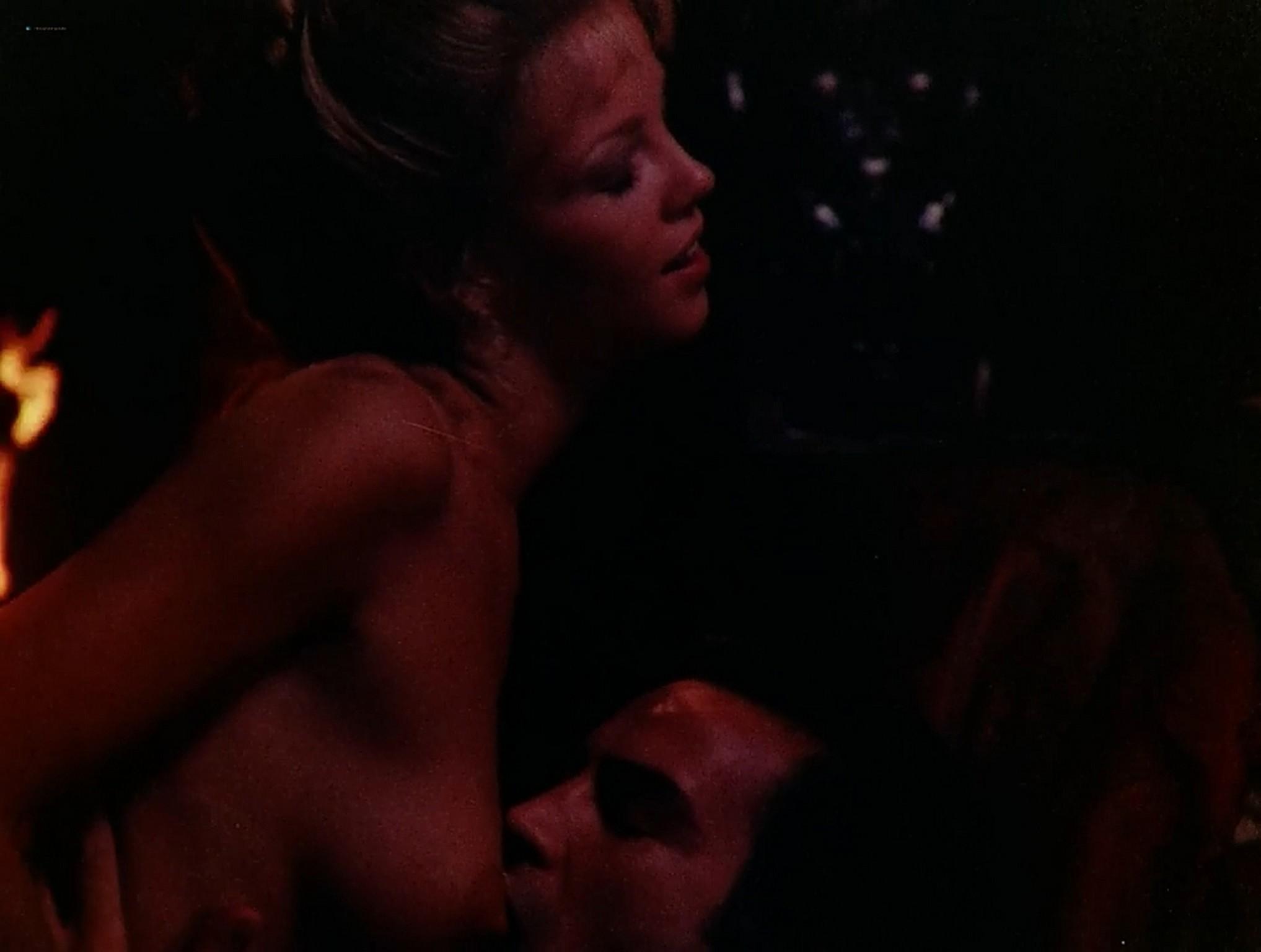 Jennifer Inch nude full frontal Sophie Favier hot sex Lady Libertine 1983 720p 21