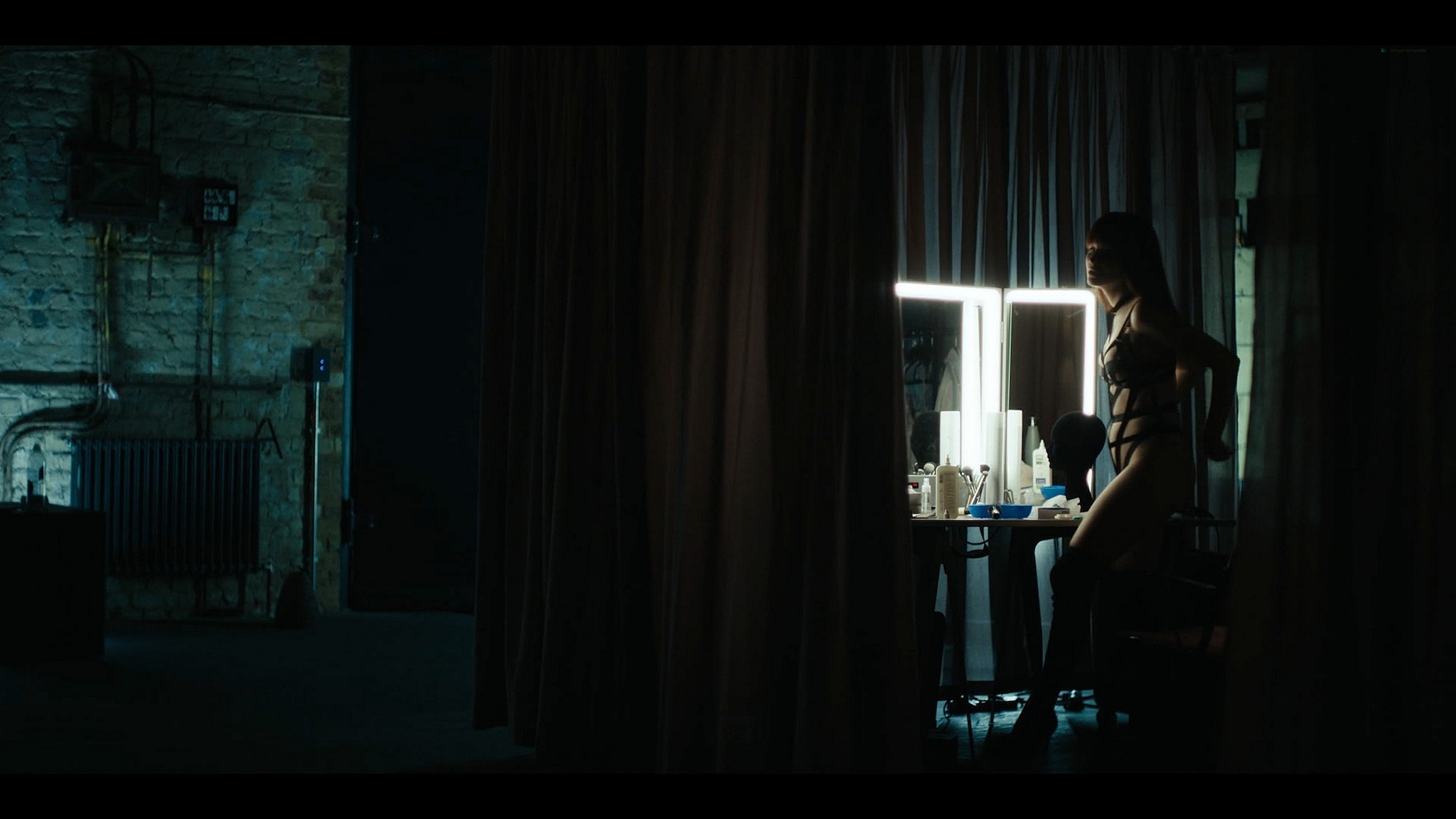Julia Goldani Telles sexy The Girlfriend Experience 2021 s3e7 1080p Web 6