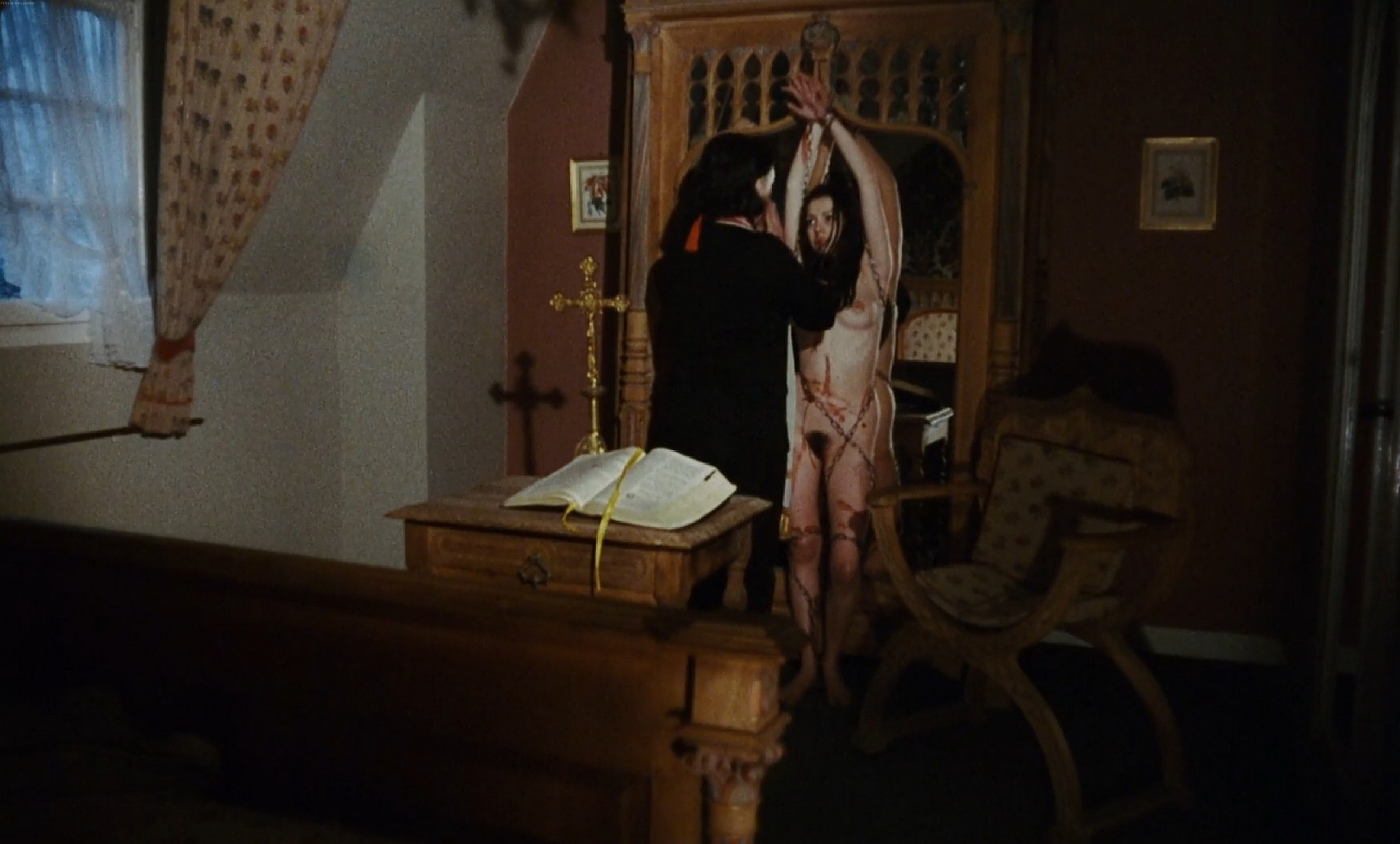 Lina Romay nude full frontal others nude too The Sadist of Notre Dame 1979 1080p BluRay 16