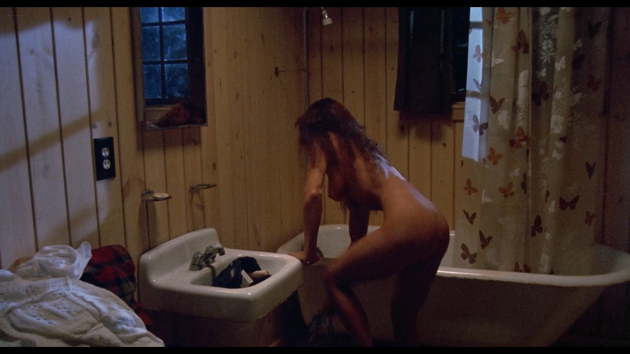 Julie Michaels nude butt and boobs Kathryn Atwood and others nude and sexy Jason Goes to Hell 1993 1080p BluRay 5
