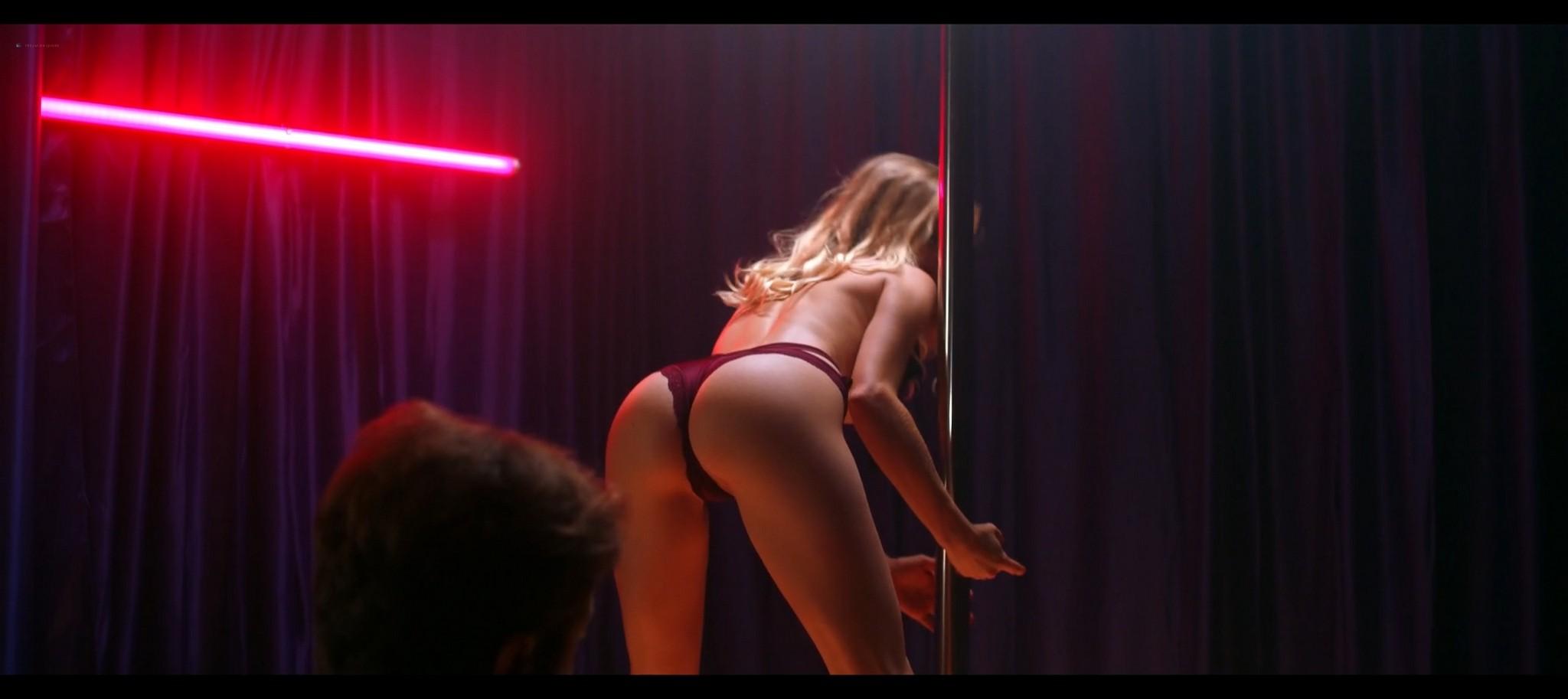Kenzie Dalton hot Drue Knapp Ava Locklear sexy A Dark Foe 2021 1080p Web 16