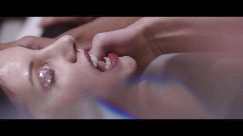Camille Zenit nude in a group sex Noyee sous les paillettes 2021 1080p Web 6